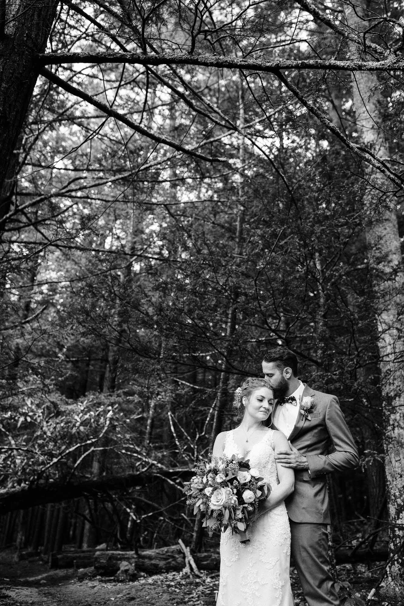 lacawac-sanctuary-wedding-lake-wallenpaupack-0940.jpg