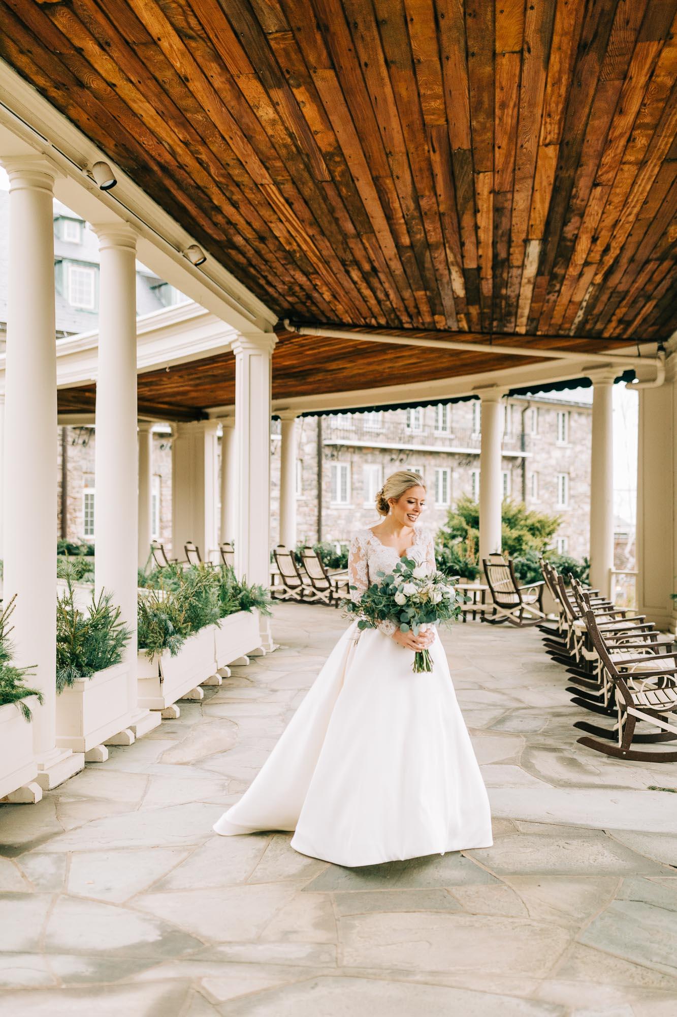 skytop-lodge-pocono-winter-wedding-2365.jpg