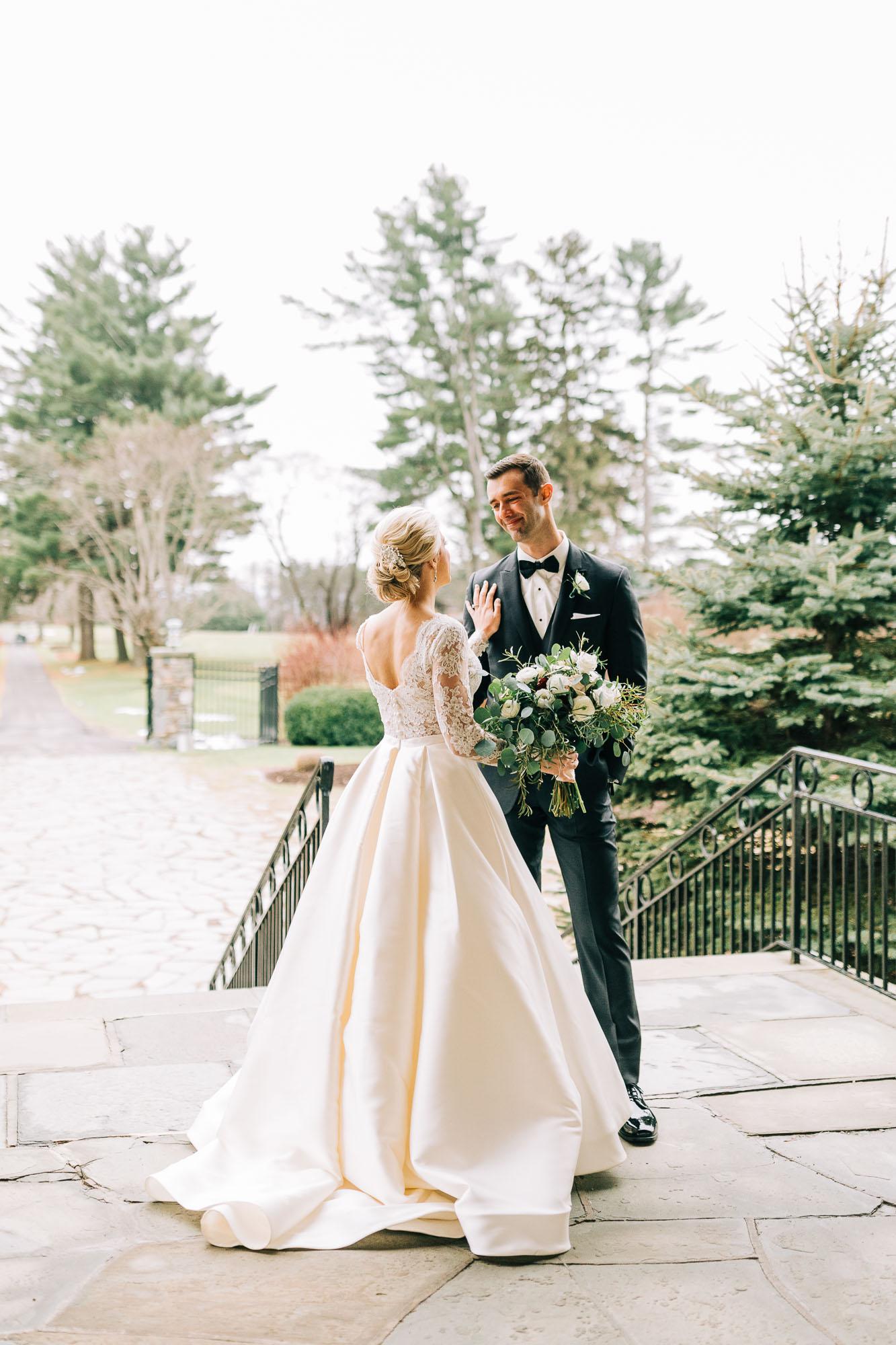 skytop-lodge-pocono-winter-wedding-2368.jpg