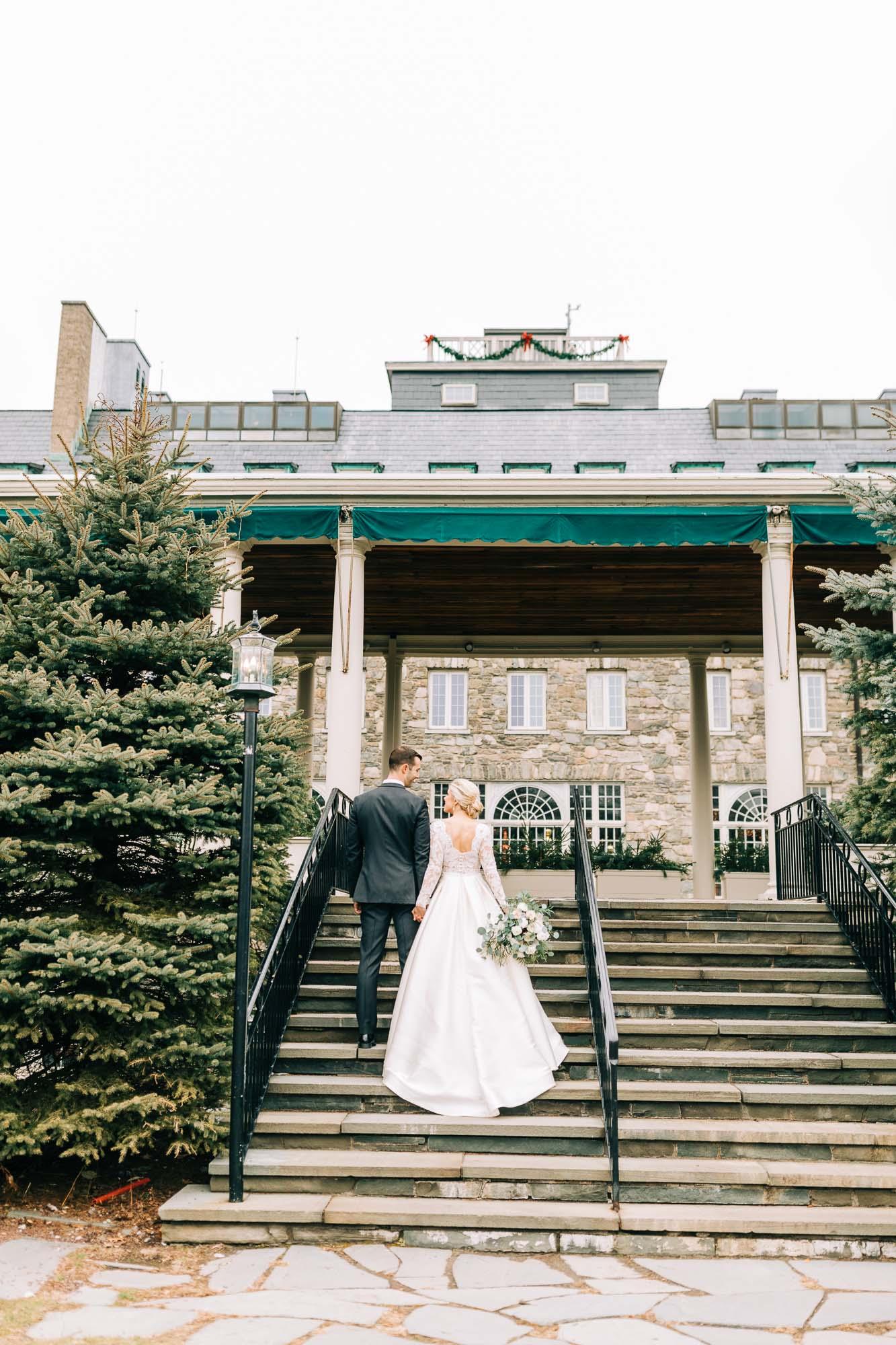skytop-lodge-pocono-winter-wedding-2394.jpg