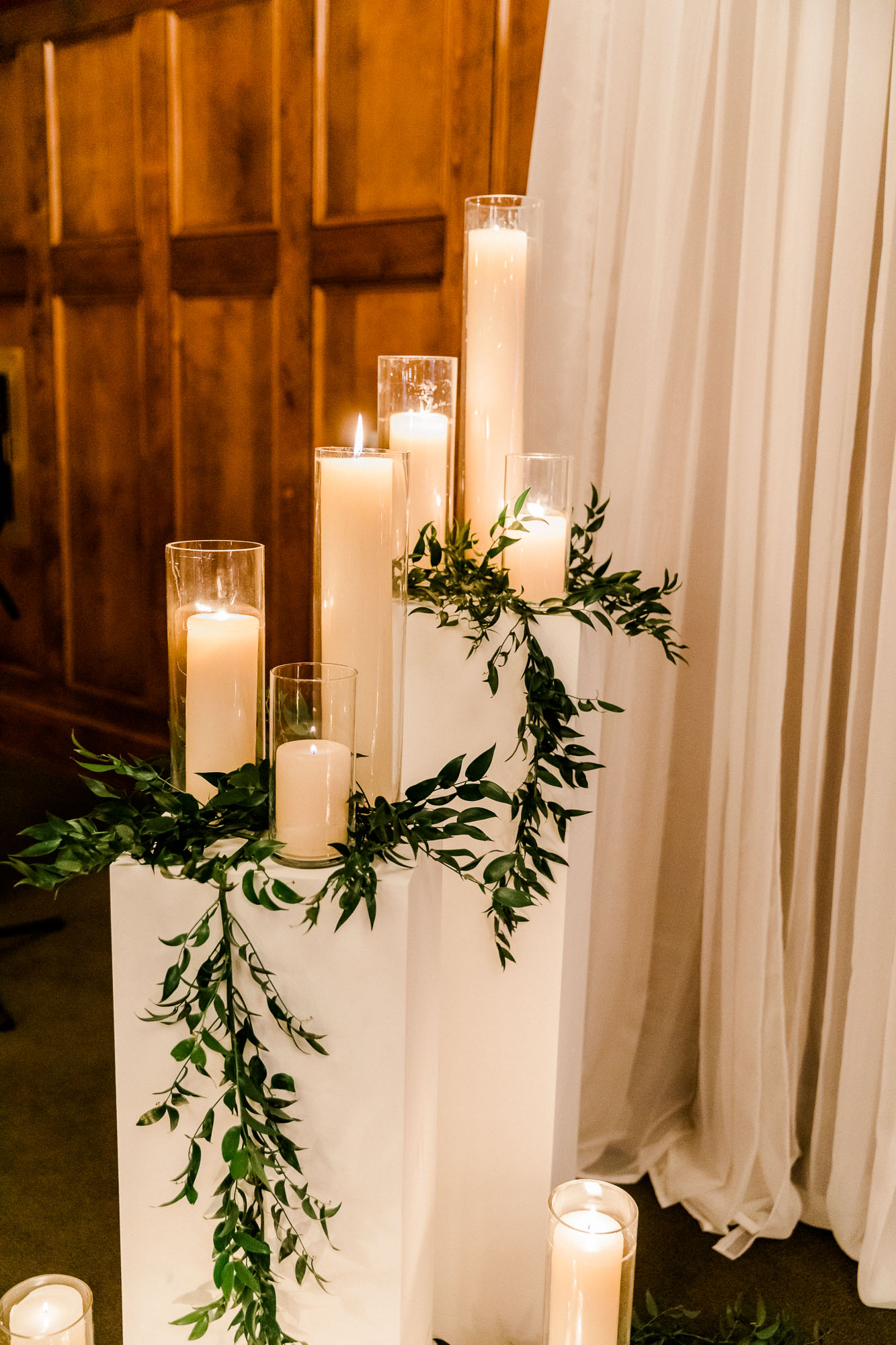 skytop-lodge-pocono-winter-wedding-2658.jpg