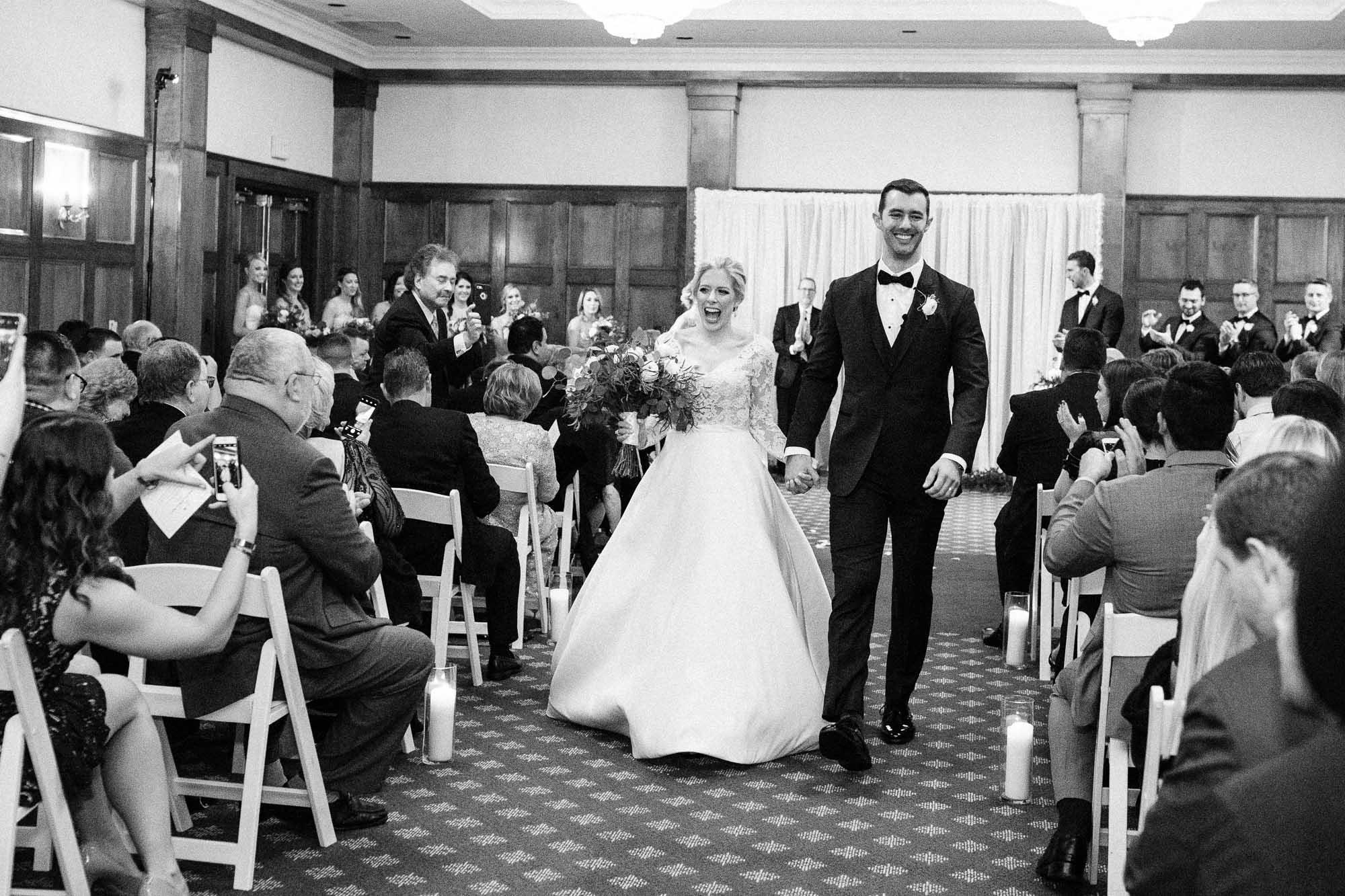 skytop-lodge-pocono-winter-wedding-2797.jpg