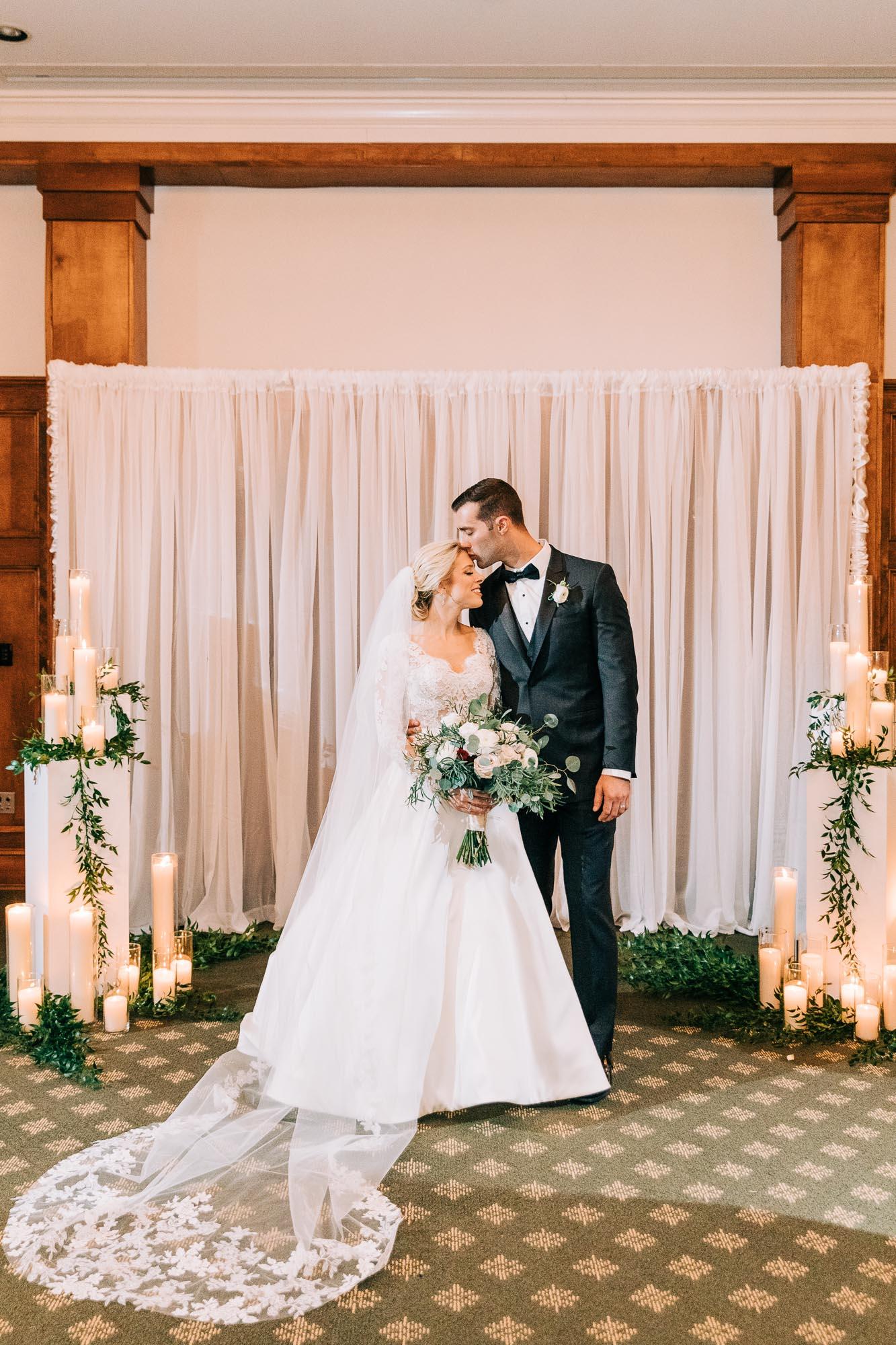 skytop-lodge-pocono-winter-wedding-2874.jpg