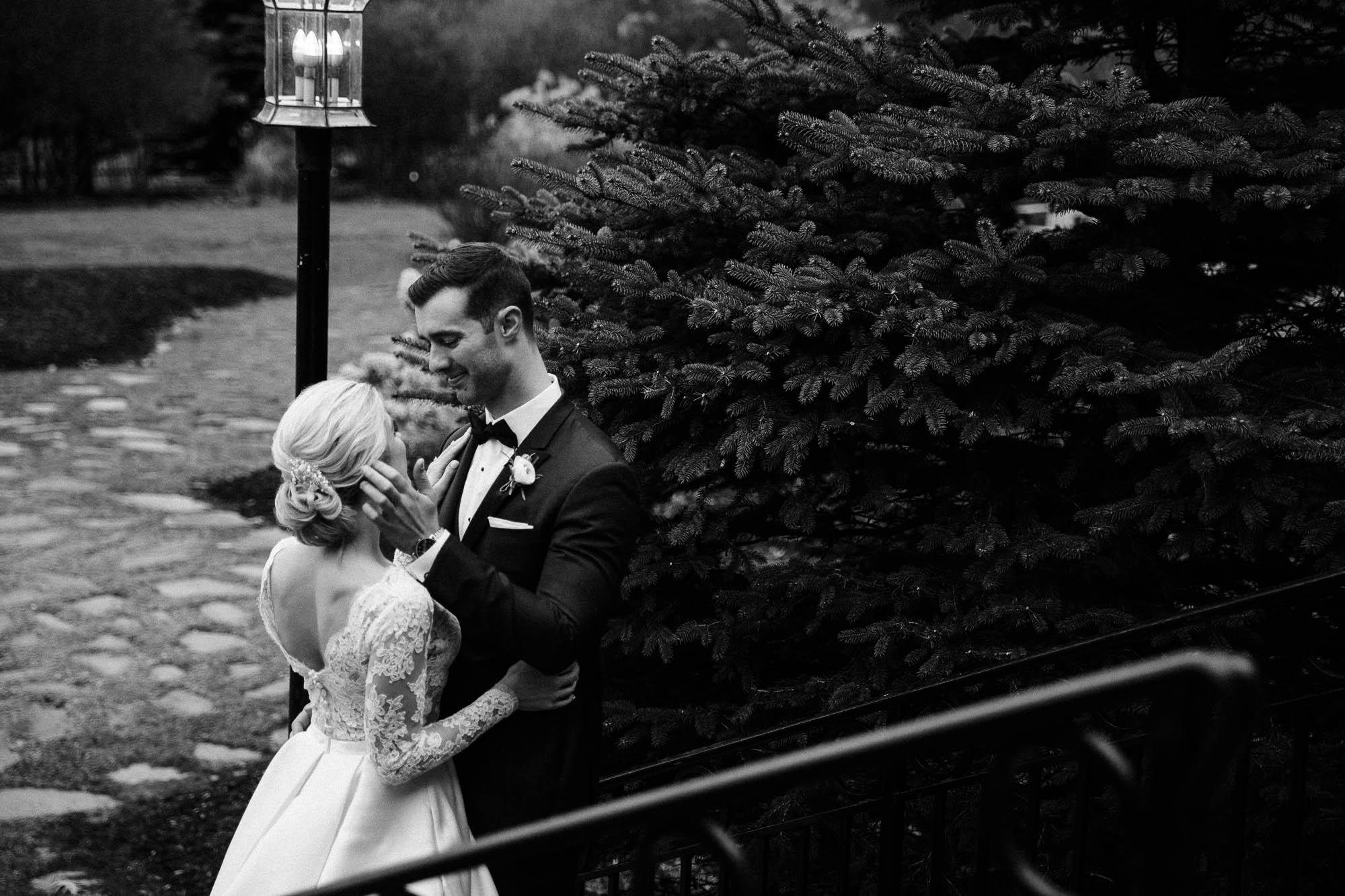 skytop-lodge-pocono-winter-wedding-2952.jpg