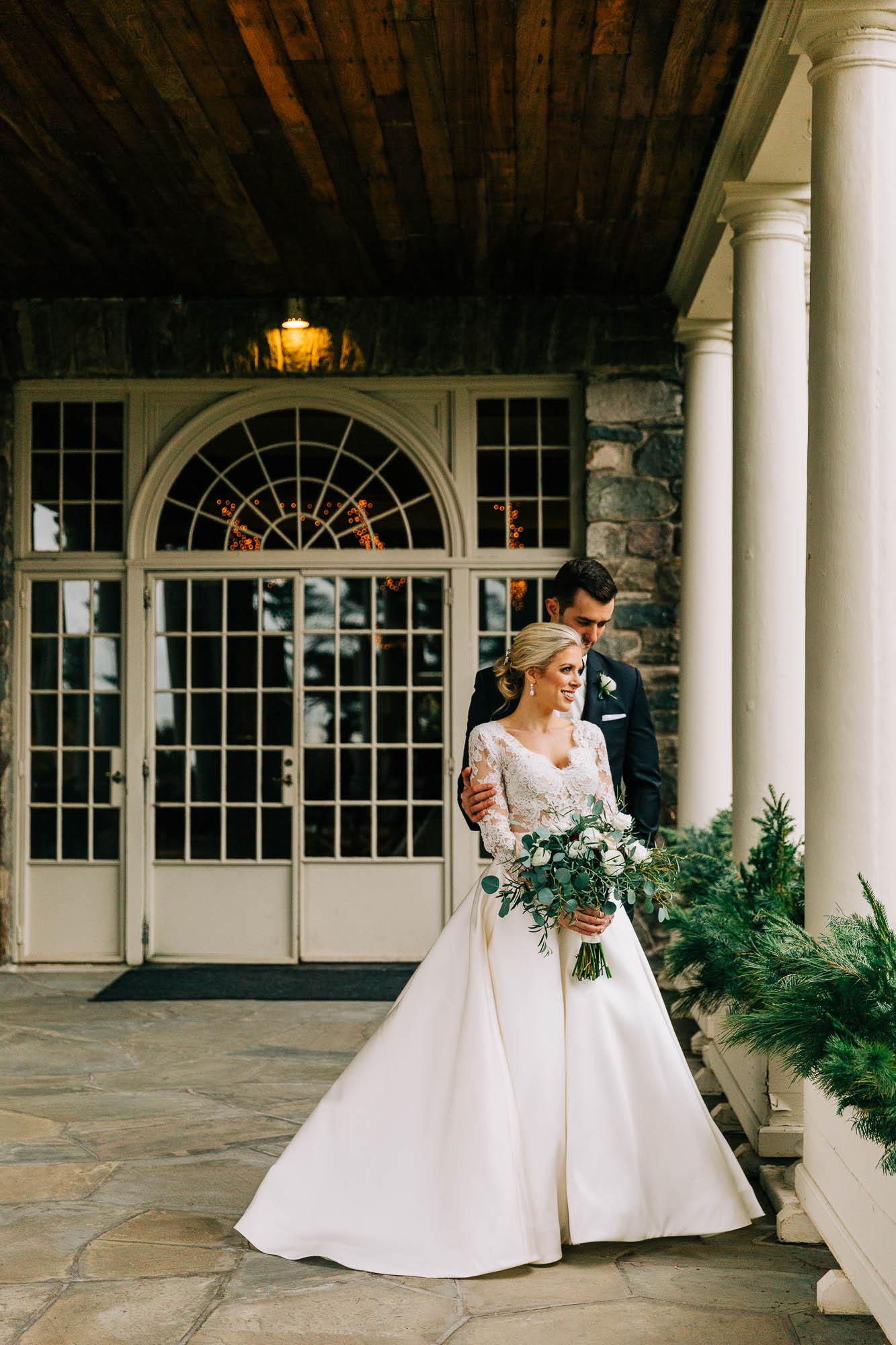 skytop-lodge-pocono-winter-wedding-2959.jpg