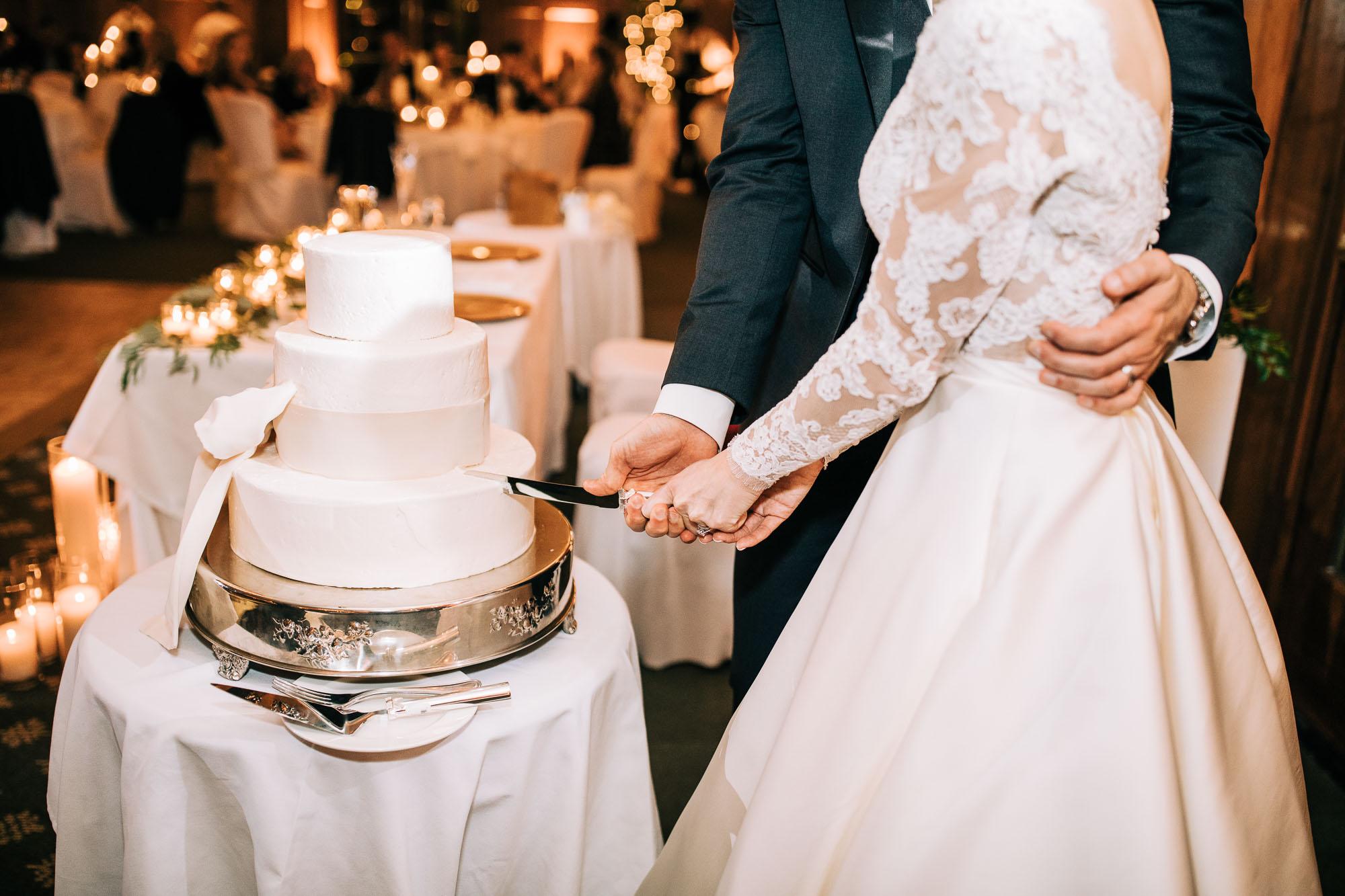 skytop-lodge-pocono-winter-wedding-3441.jpg