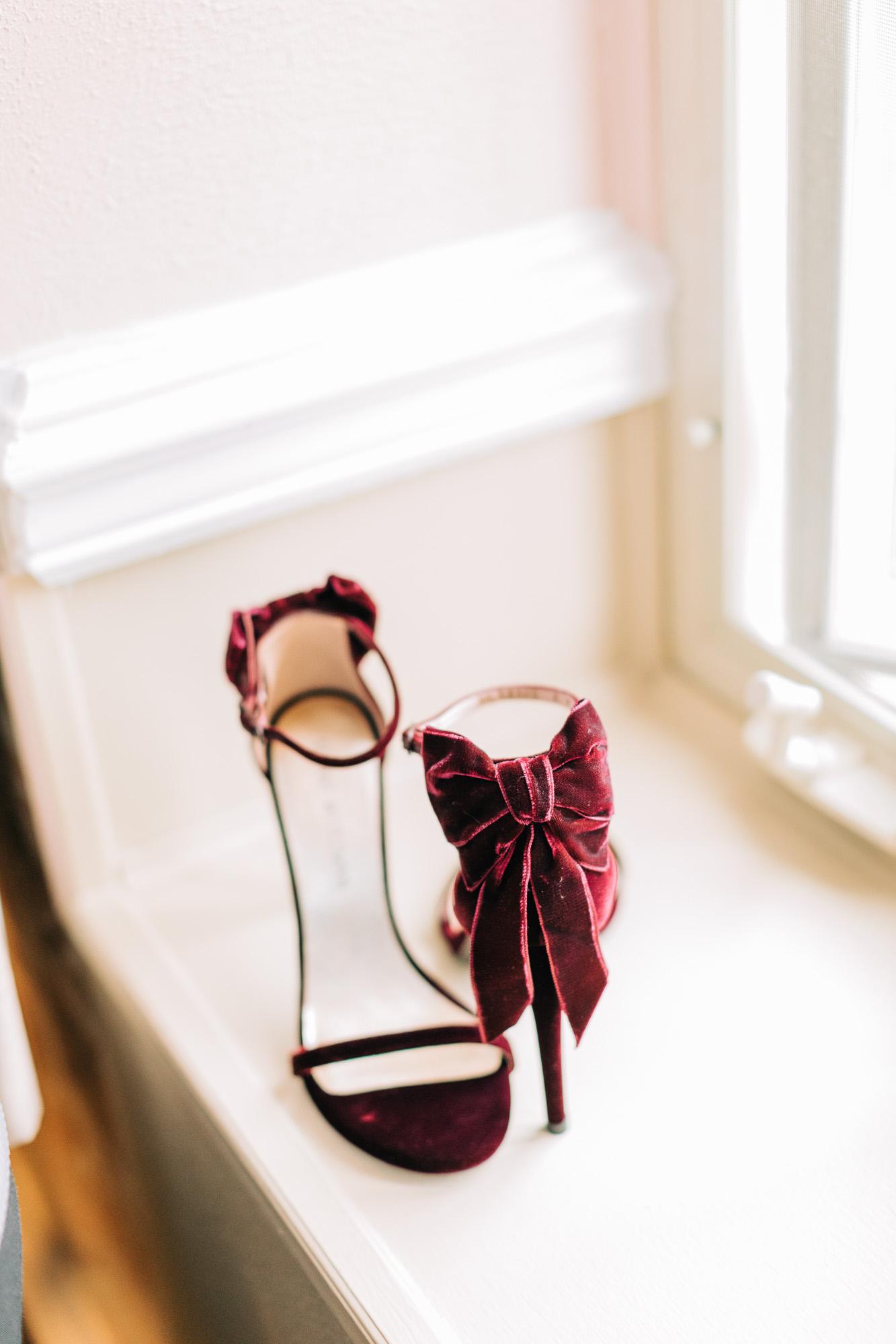skytop-lodge-pocono-winter-wedding-8112.jpg
