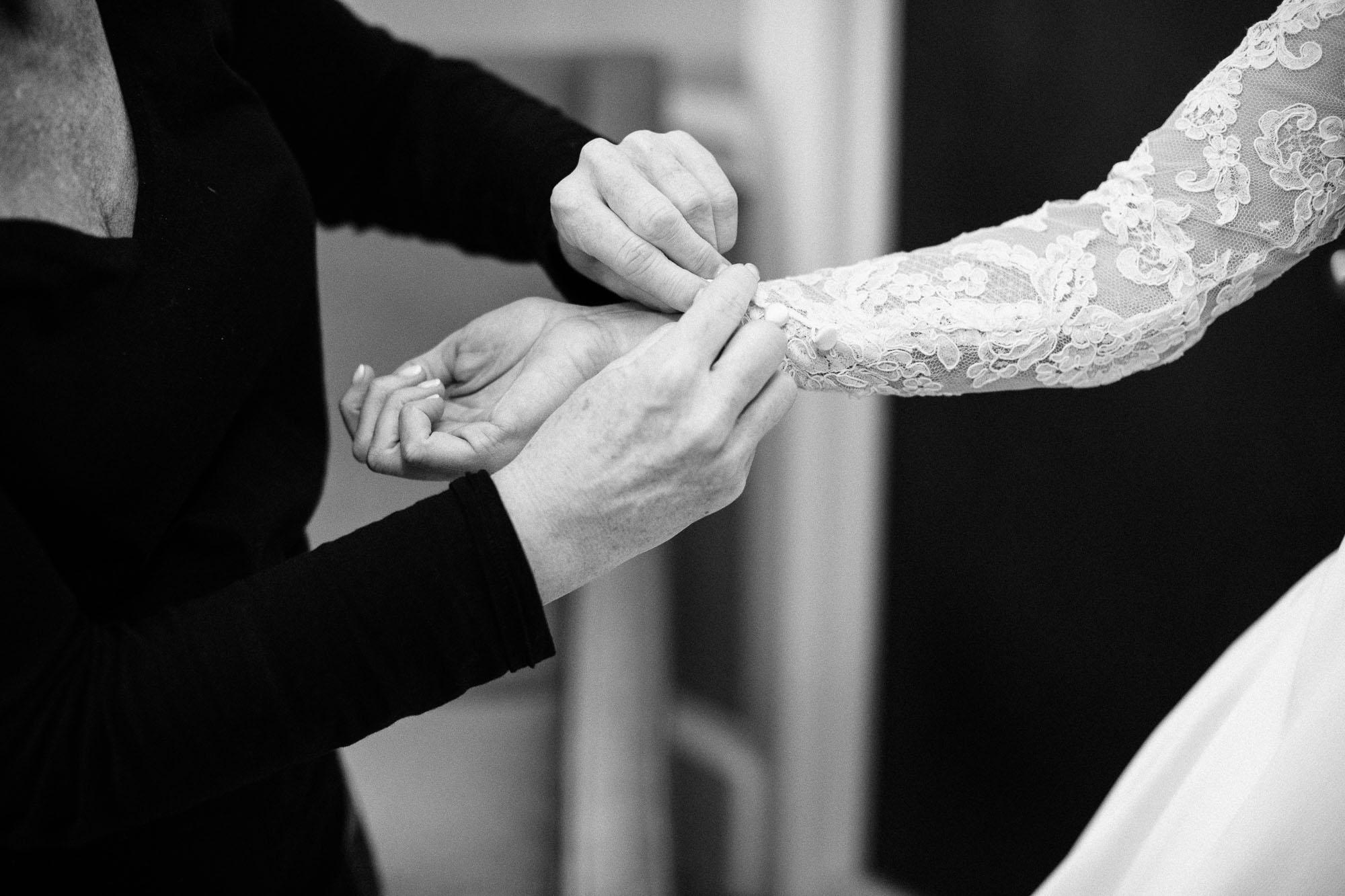 skytop-lodge-pocono-winter-wedding-8120.jpg