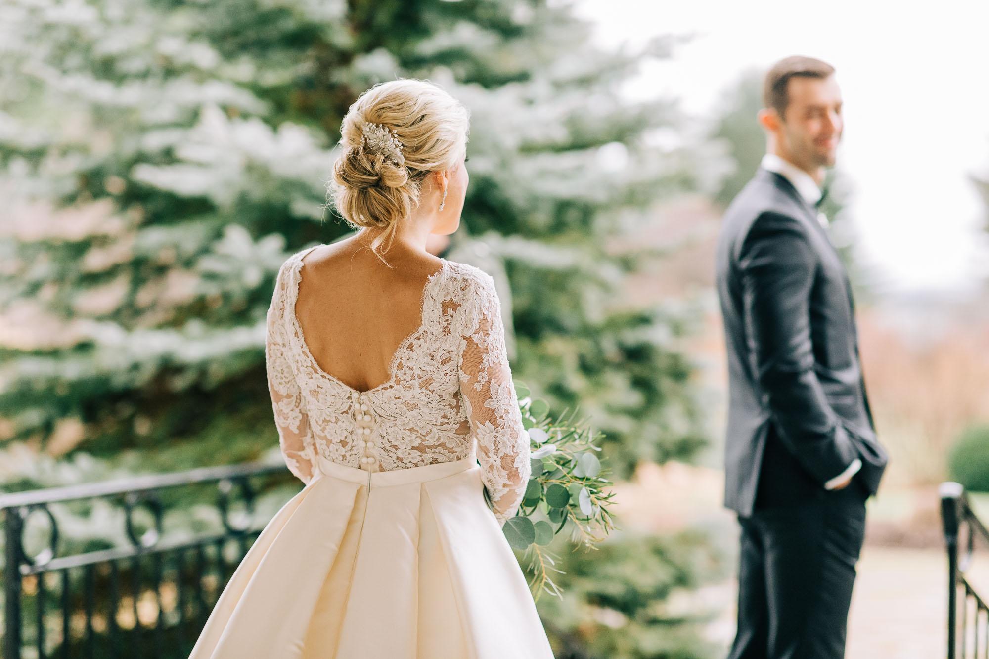 skytop-lodge-pocono-winter-wedding-8255.jpg