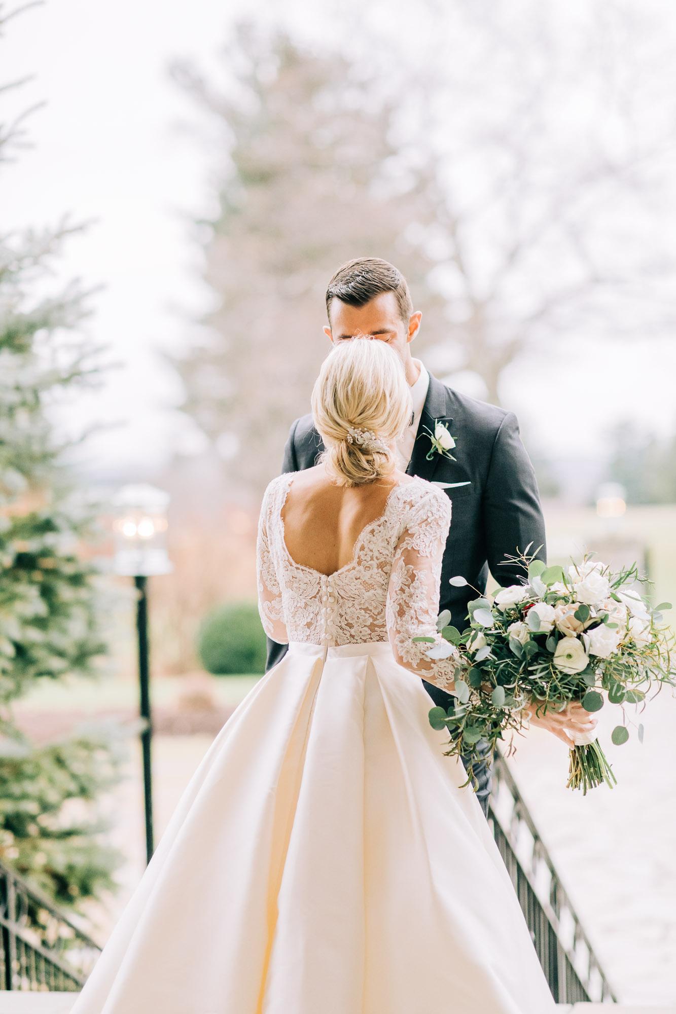 skytop-lodge-pocono-winter-wedding-8280.jpg