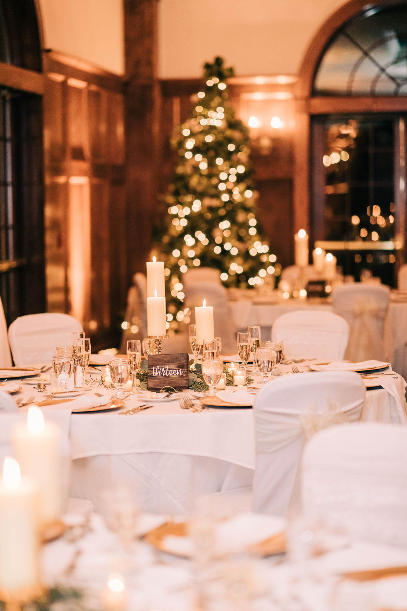 skytop-lodge-pocono-winter-wedding-8883.jpg