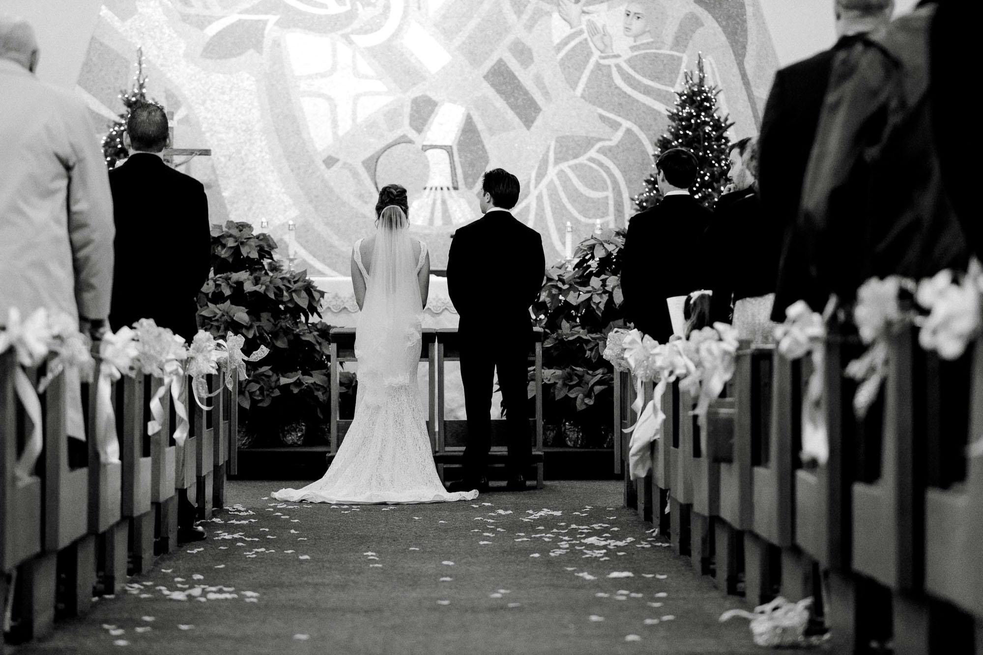 snowy-sand-springs-country-club-drums-pa-christmas-wedding-24314.jpg