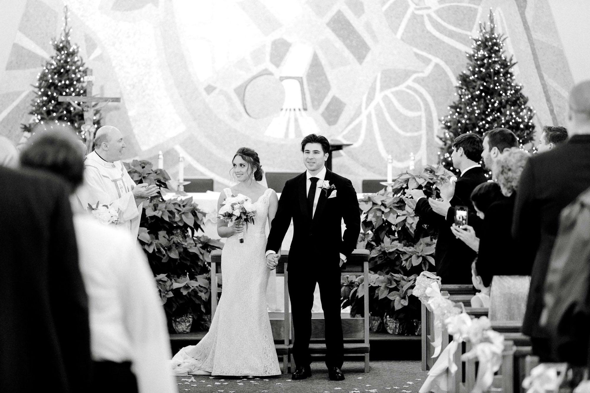 snowy-sand-springs-country-club-drums-pa-christmas-wedding-24498.jpg