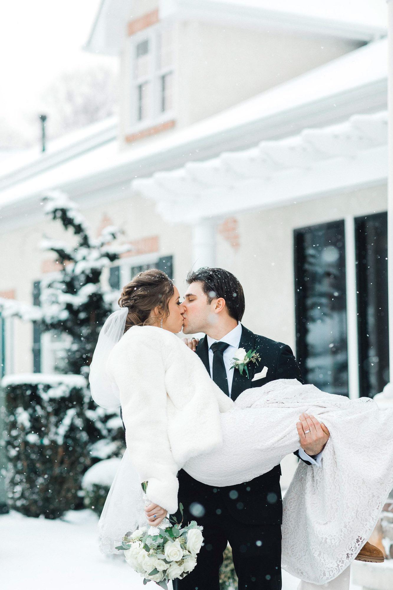 snowy-sand-springs-country-club-drums-pa-christmas-wedding-24587.jpg
