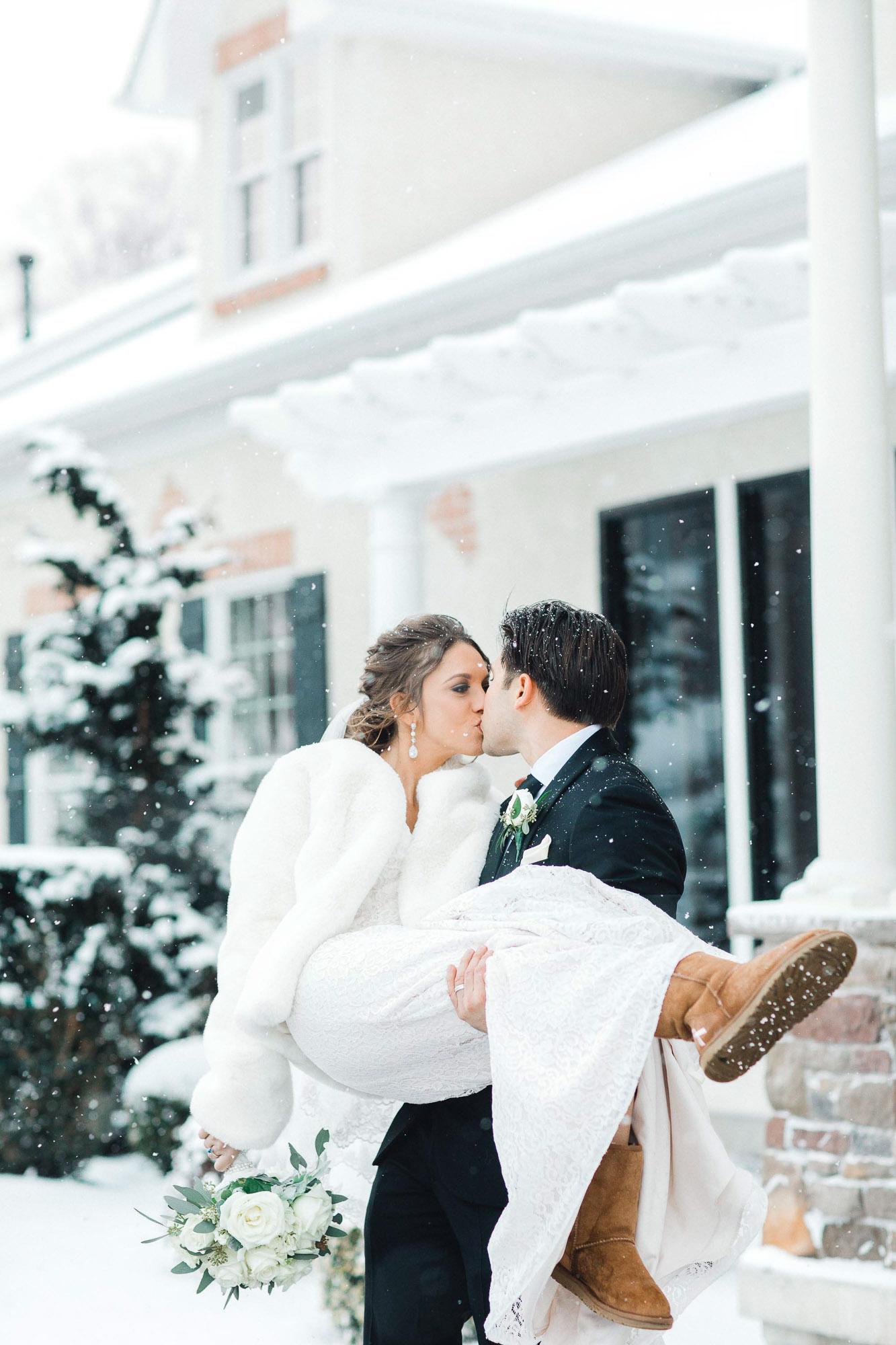 snowy-sand-springs-country-club-drums-pa-christmas-wedding-24590.jpg
