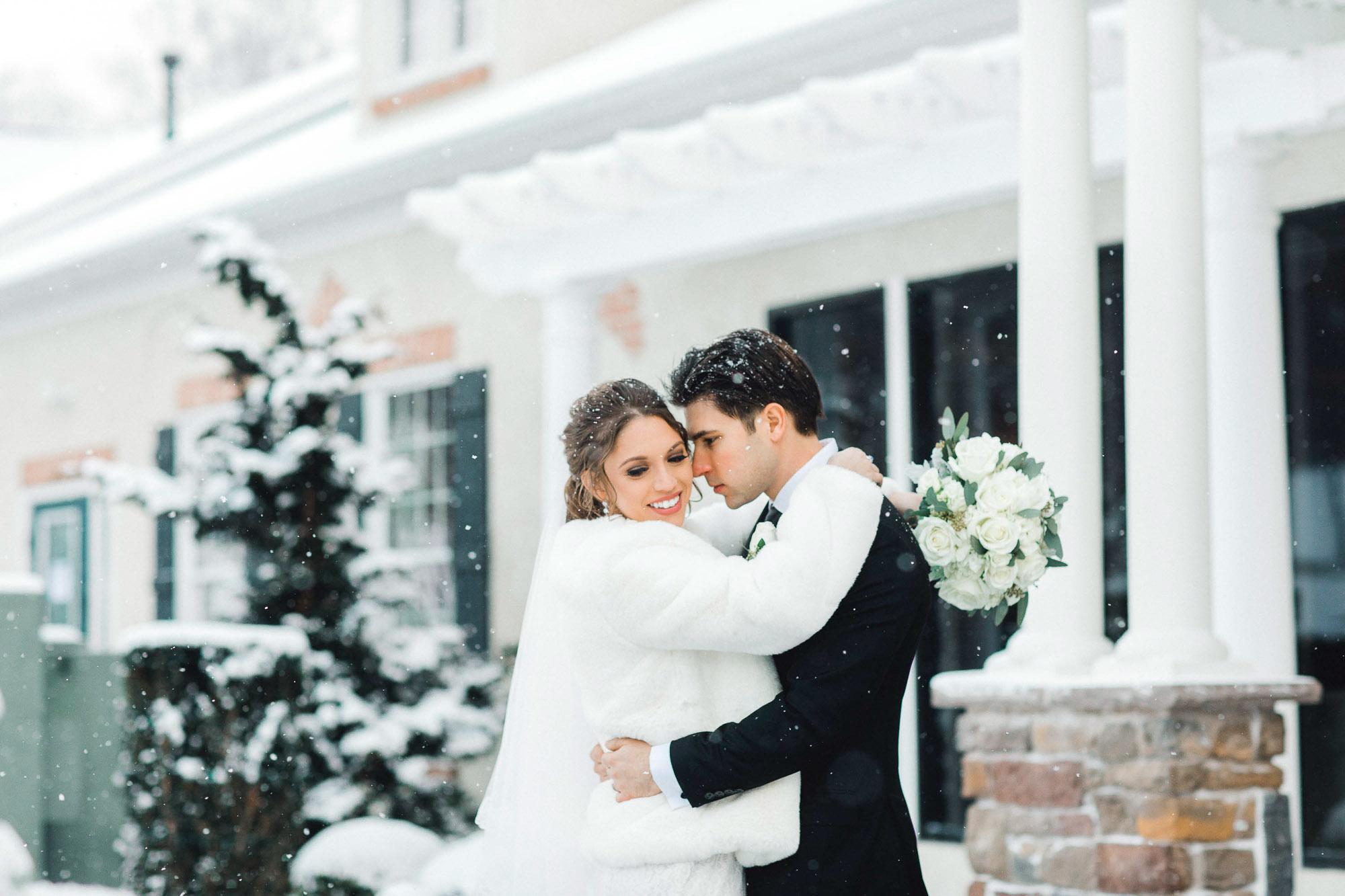 snowy-sand-springs-country-club-drums-pa-christmas-wedding-24627.jpg