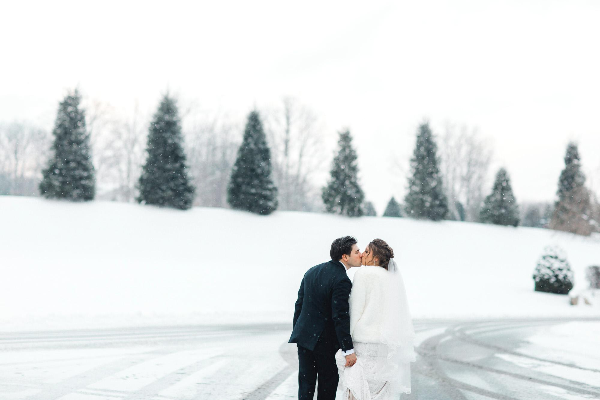 snowy-sand-springs-country-club-drums-pa-christmas-wedding-24728.jpg