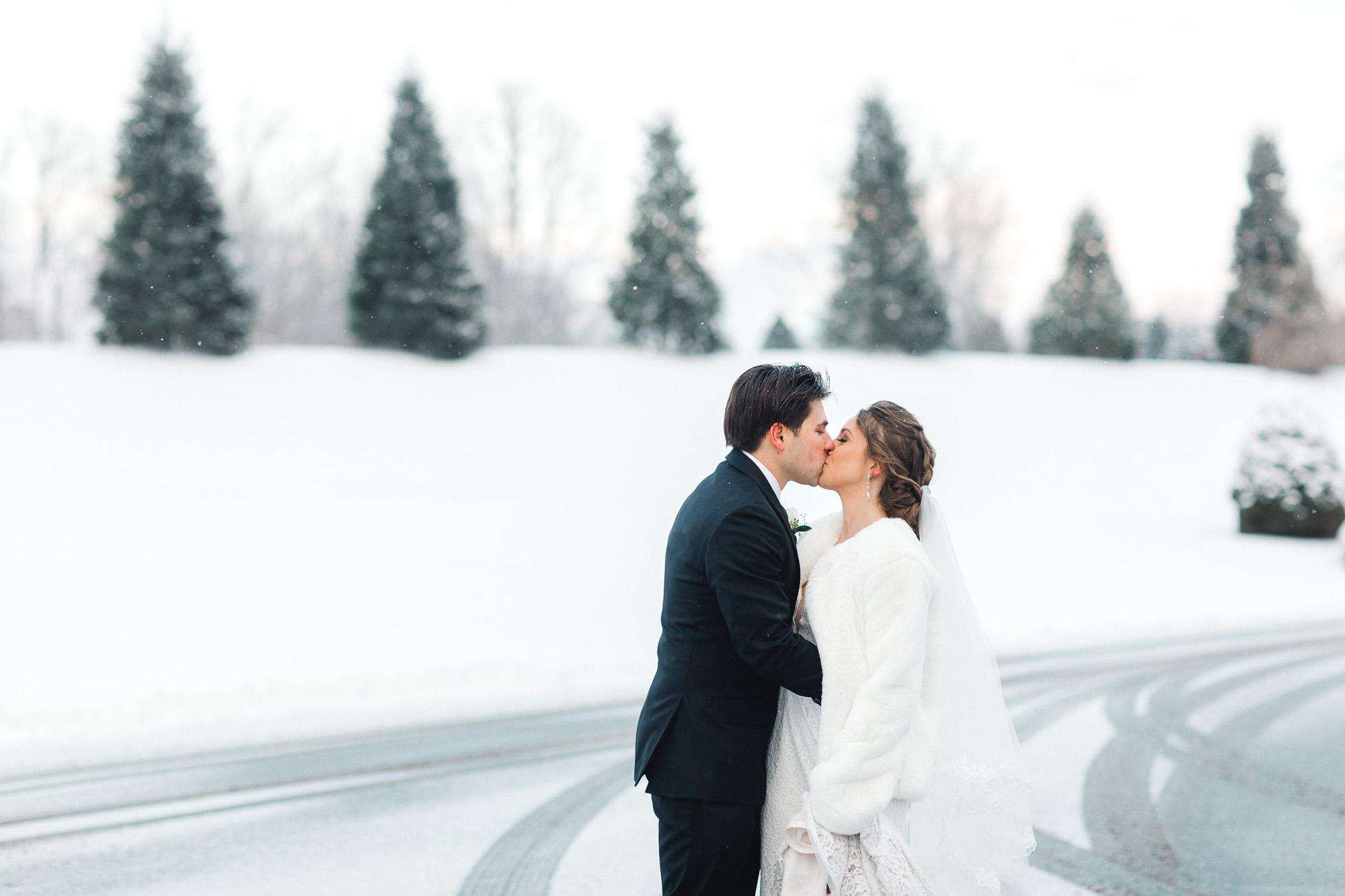 snowy-sand-springs-country-club-drums-pa-christmas-wedding-24792.jpg
