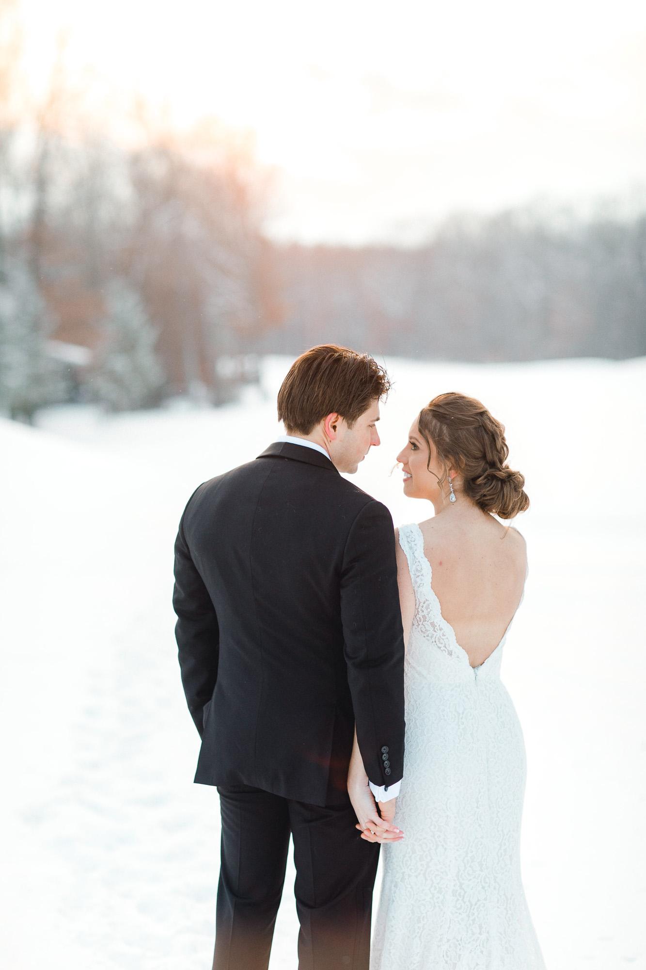 snowy-sand-springs-country-club-drums-pa-christmas-wedding-24913.jpg