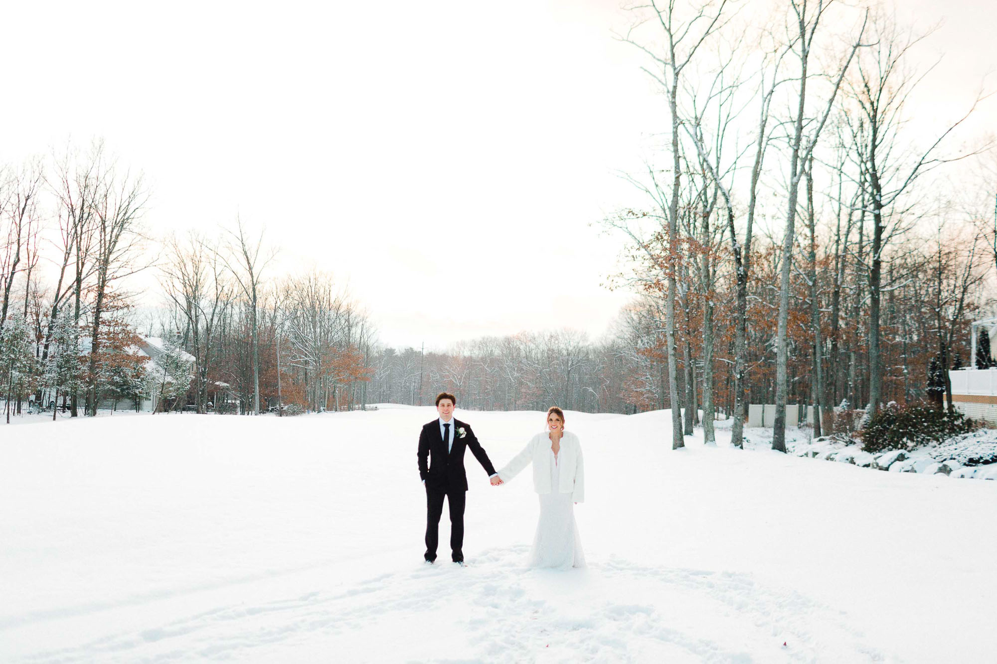 snowy-sand-springs-country-club-drums-pa-christmas-wedding-34933.jpg