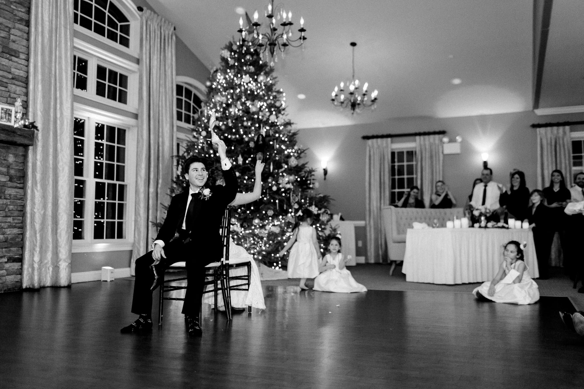 snowy-sand-springs-country-club-drums-pa-christmas-wedding-35171.jpg