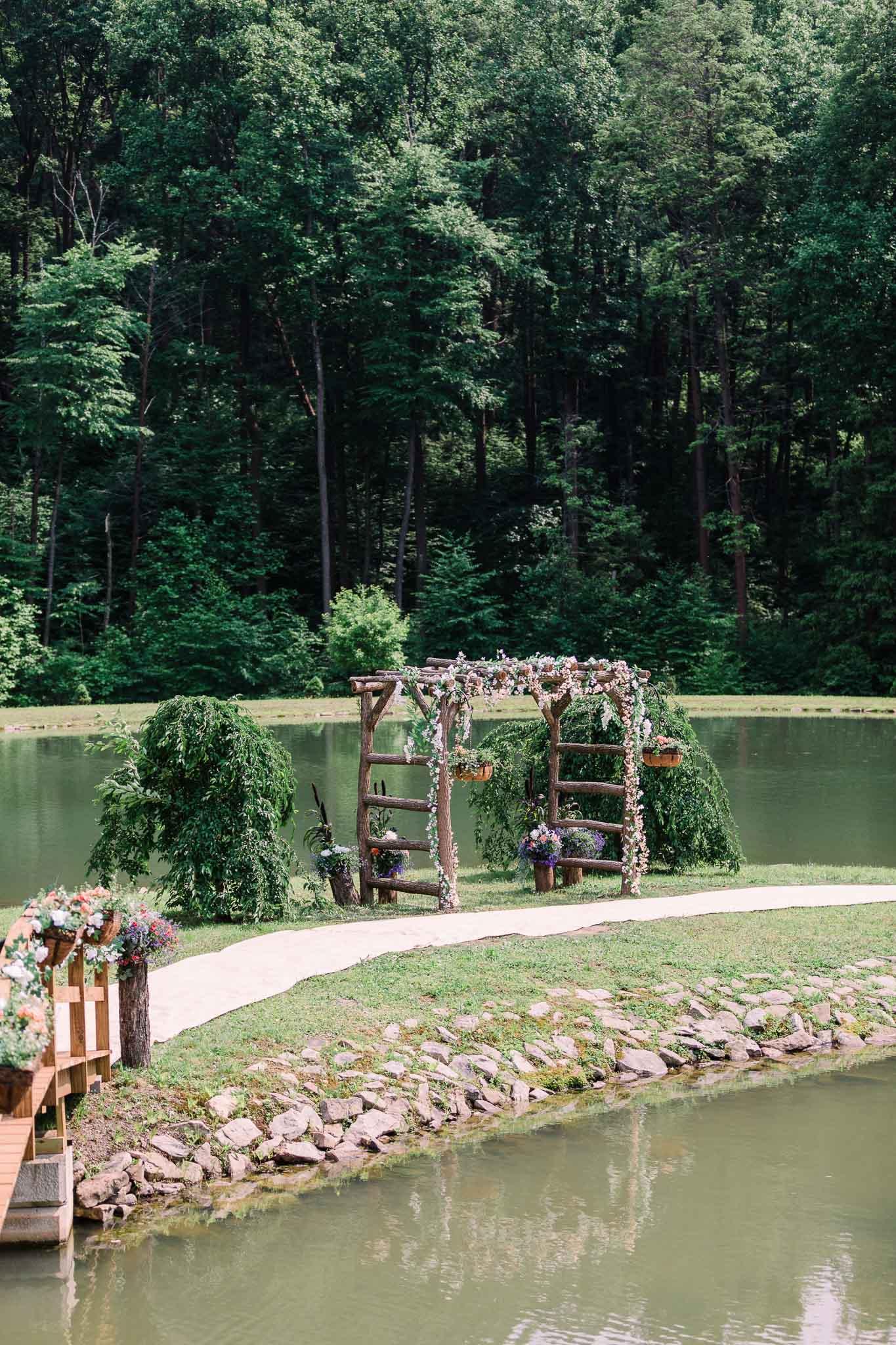 June-backyard-wedding-2697.jpg