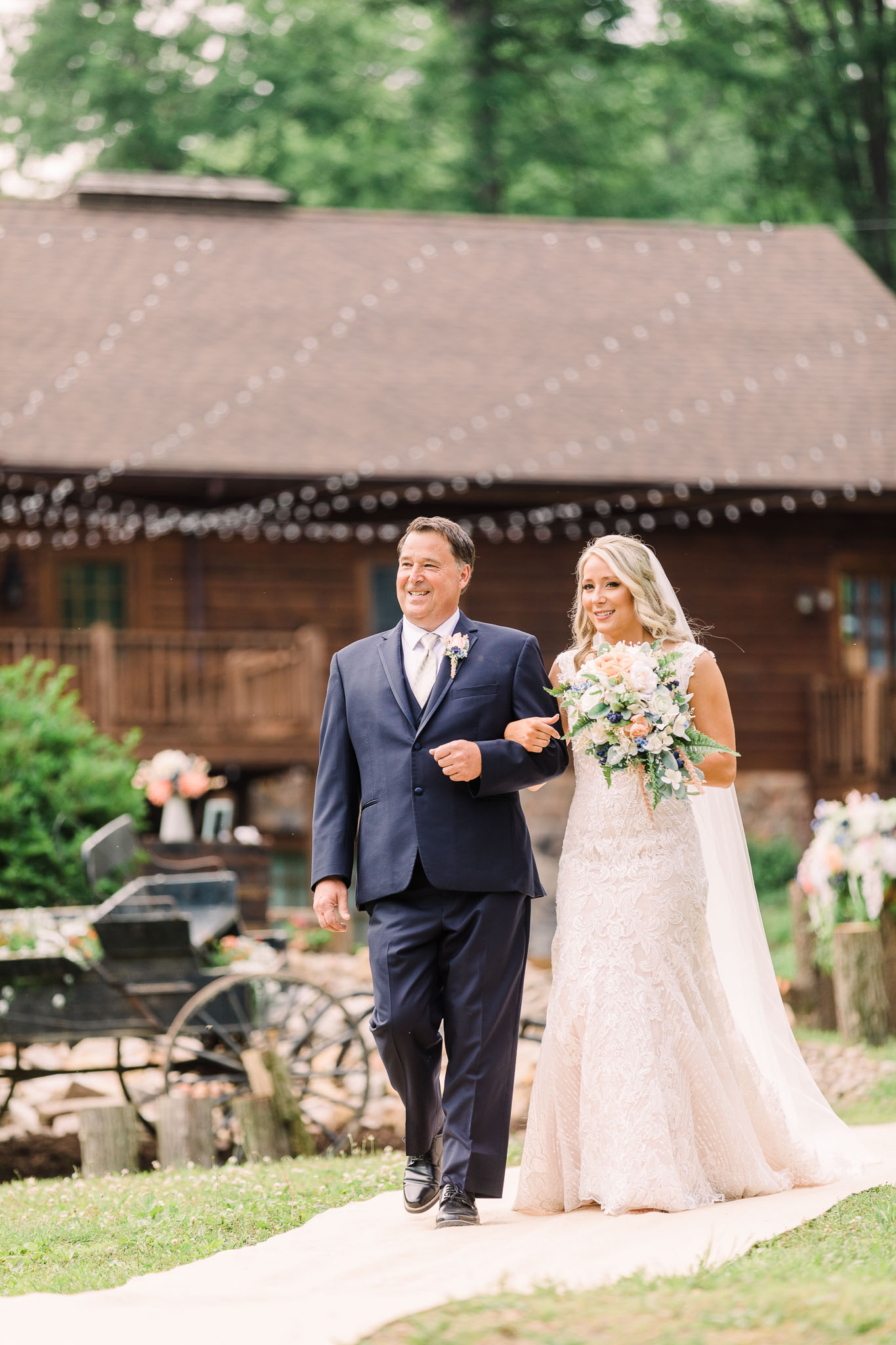 June-backyard-wedding-2907.jpg