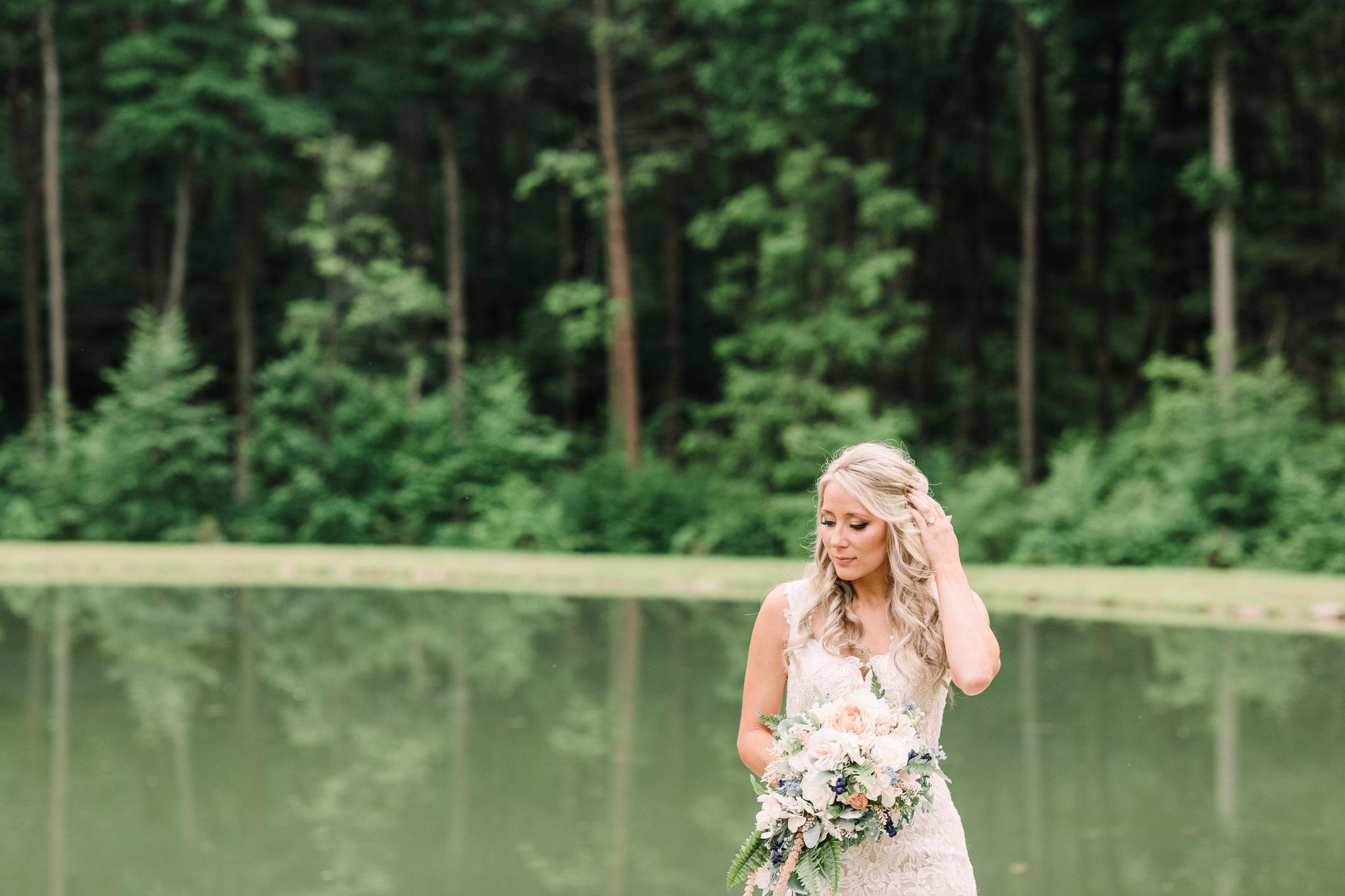 June-backyard-wedding-3427.jpg