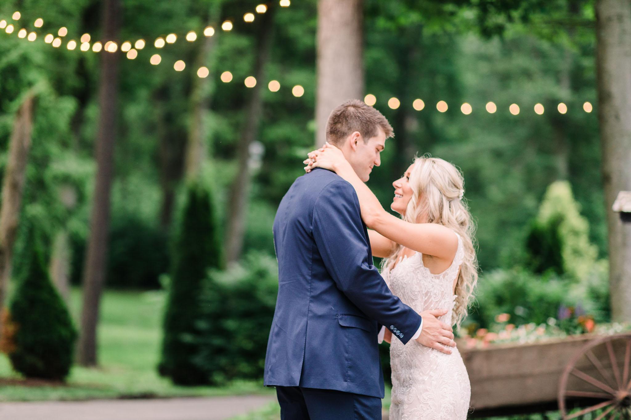 June-backyard-wedding-3665.jpg