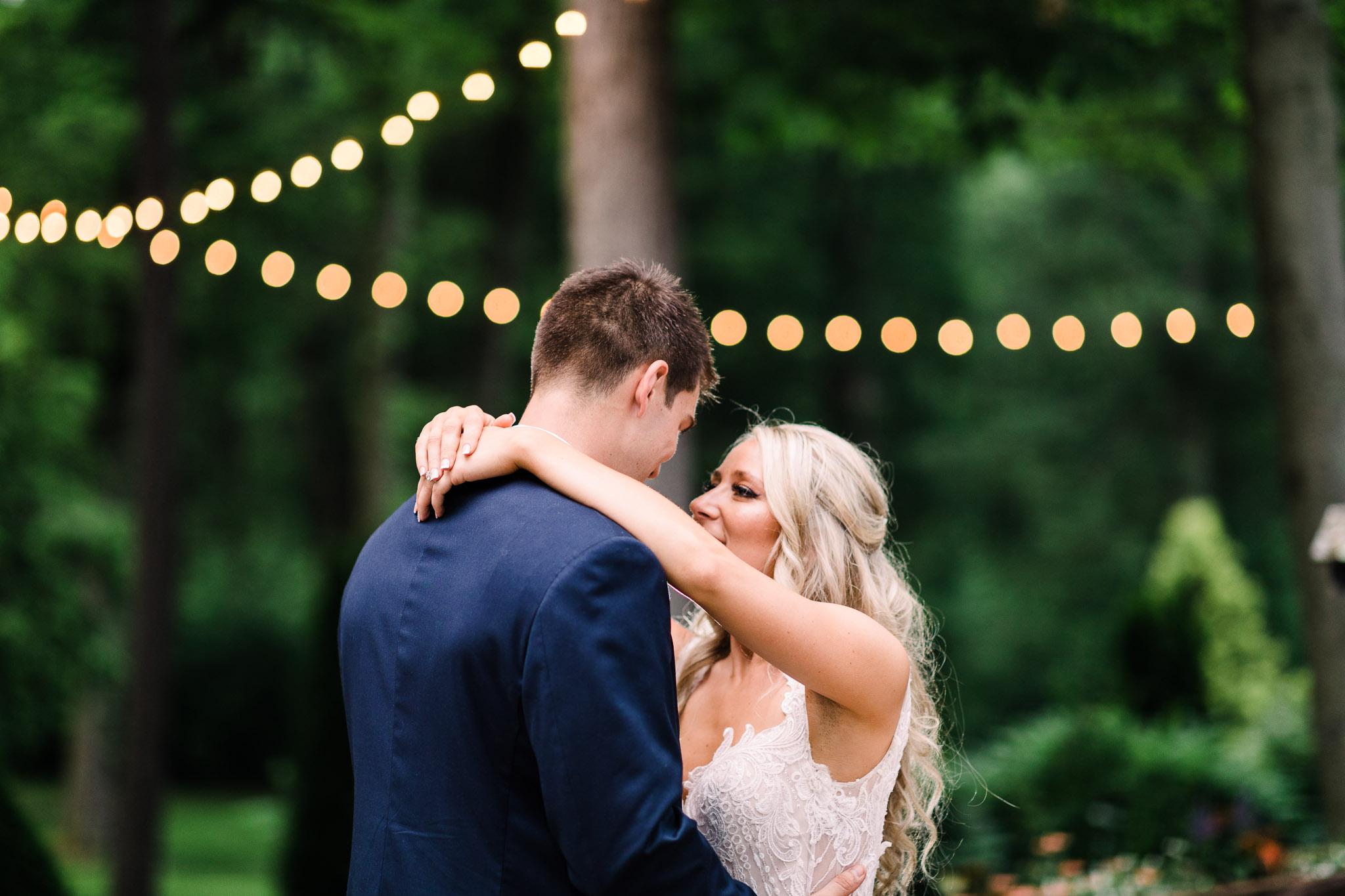 June-backyard-wedding-3669.jpg