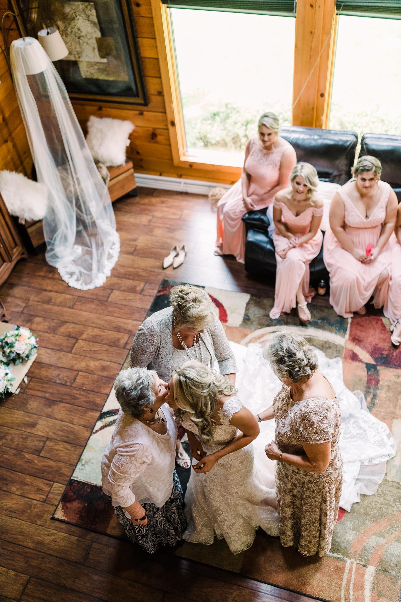 June-backyard-wedding-8802.jpg