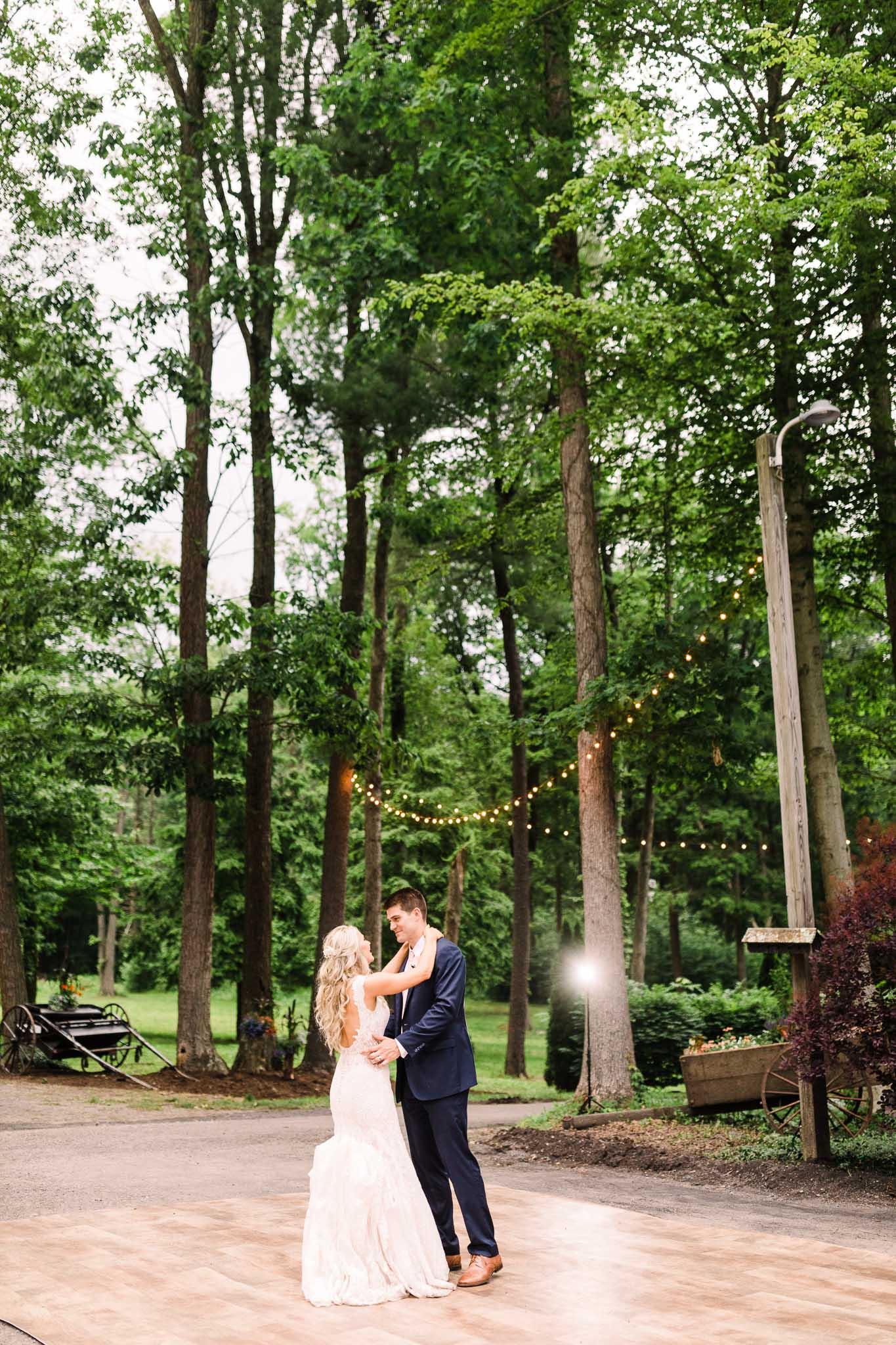 June-backyard-wedding-9025.jpg