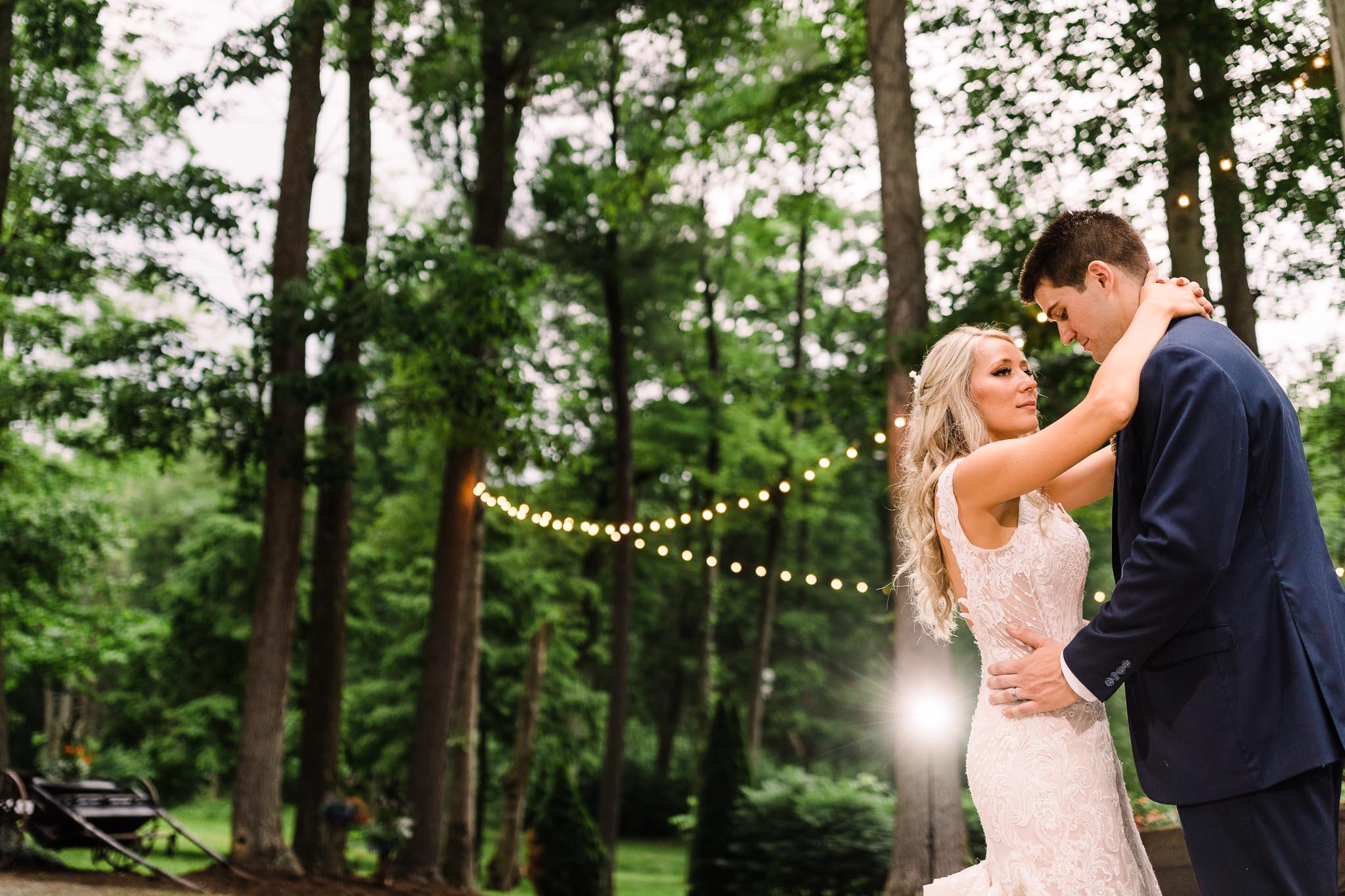 June-backyard-wedding-9032.jpg