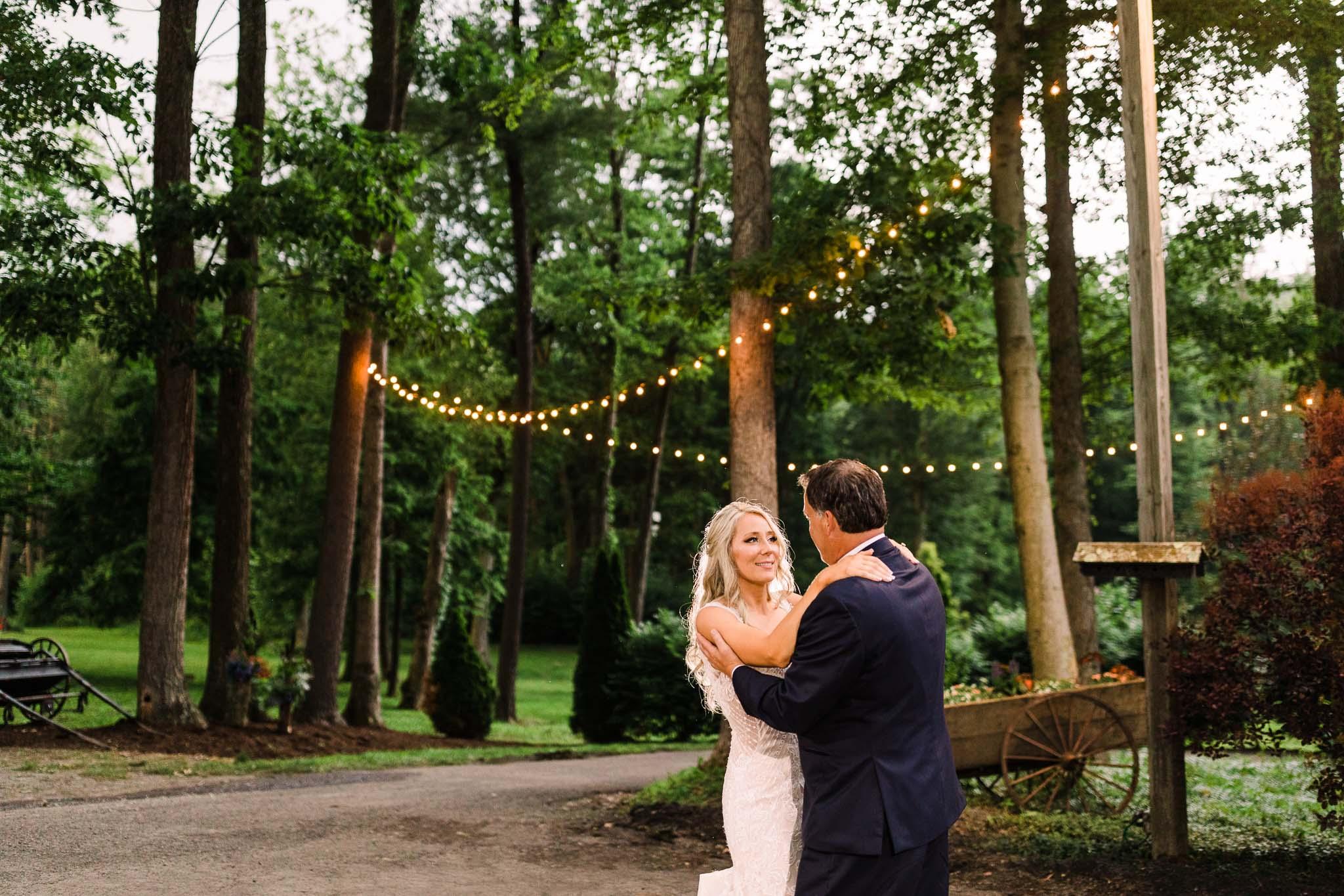 June-backyard-wedding-9051.jpg