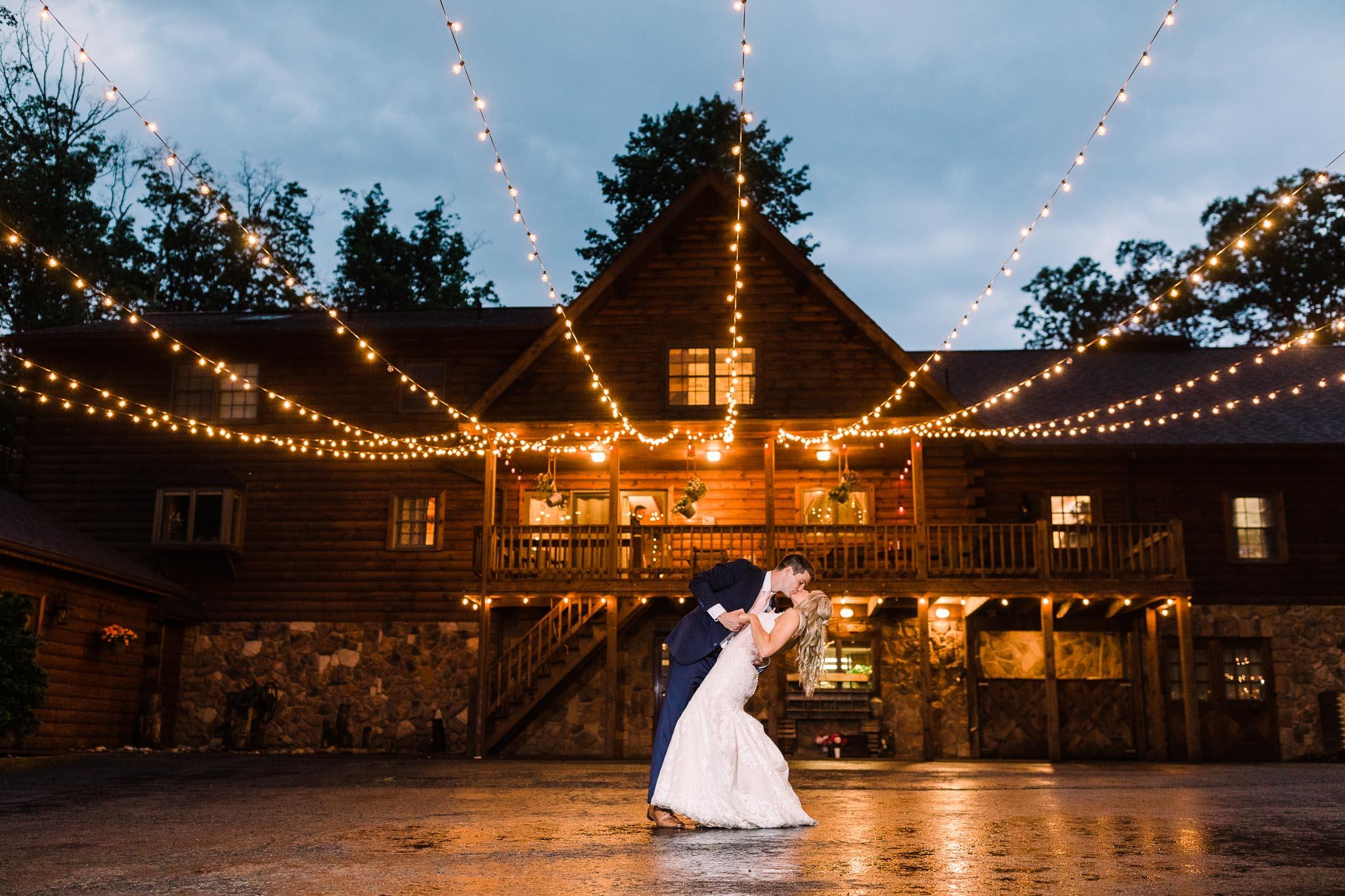 June-backyard-wedding-9163.jpg