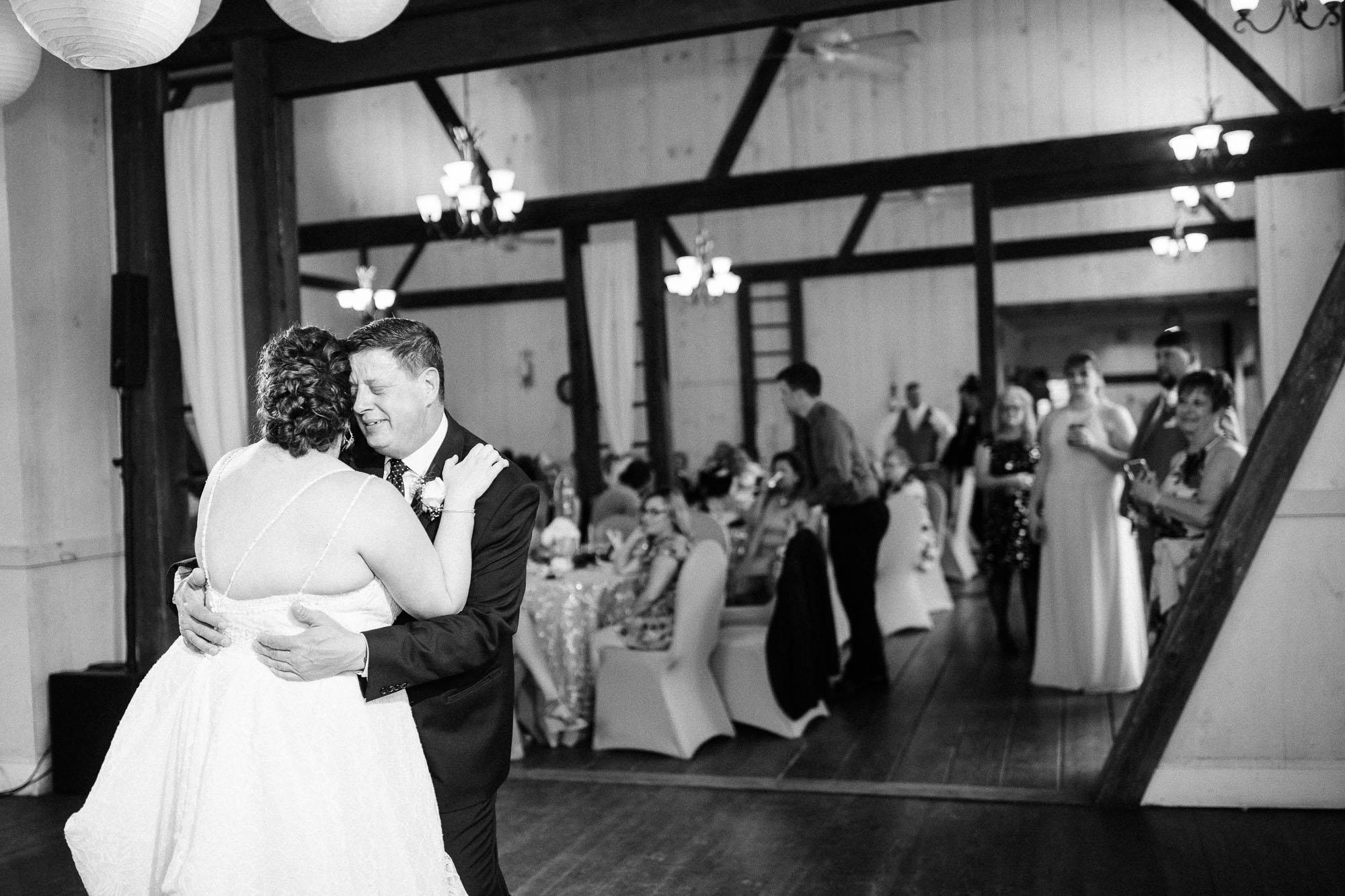 barn-at-boones-dam-wedding-1326.jpg