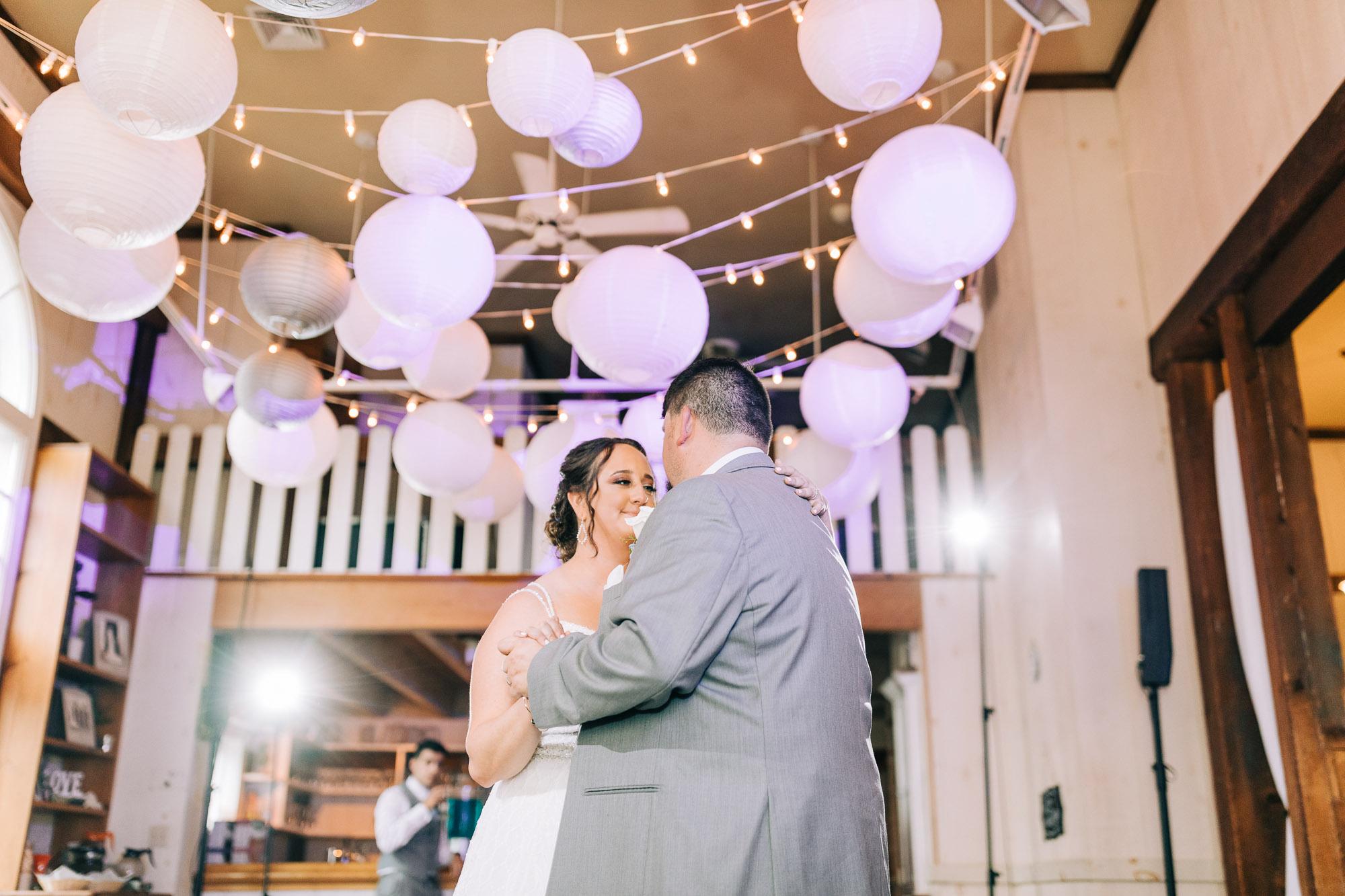 barn-at-boones-dam-wedding-1280.jpg