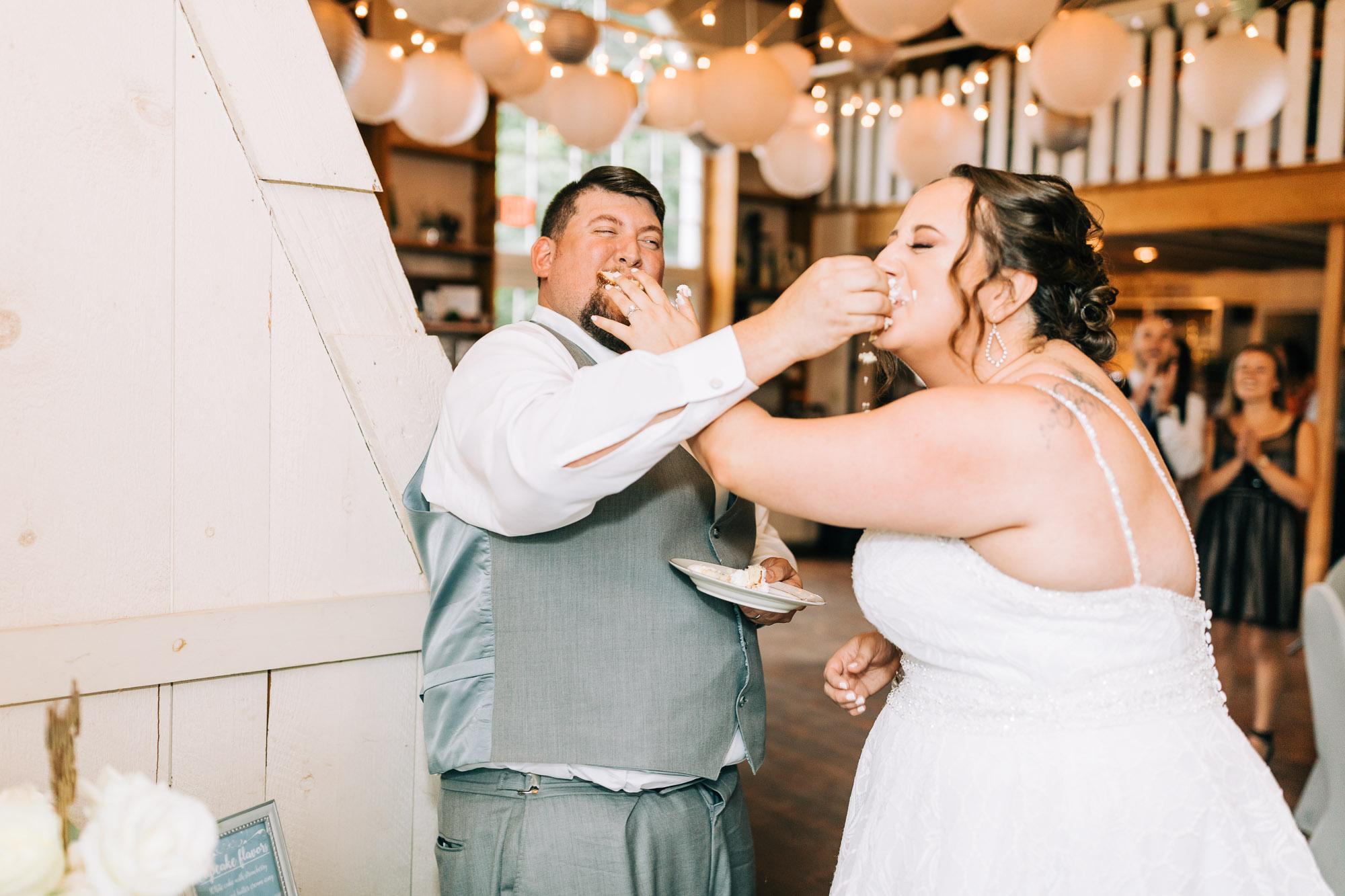 barn-at-boones-dam-wedding-1241.jpg