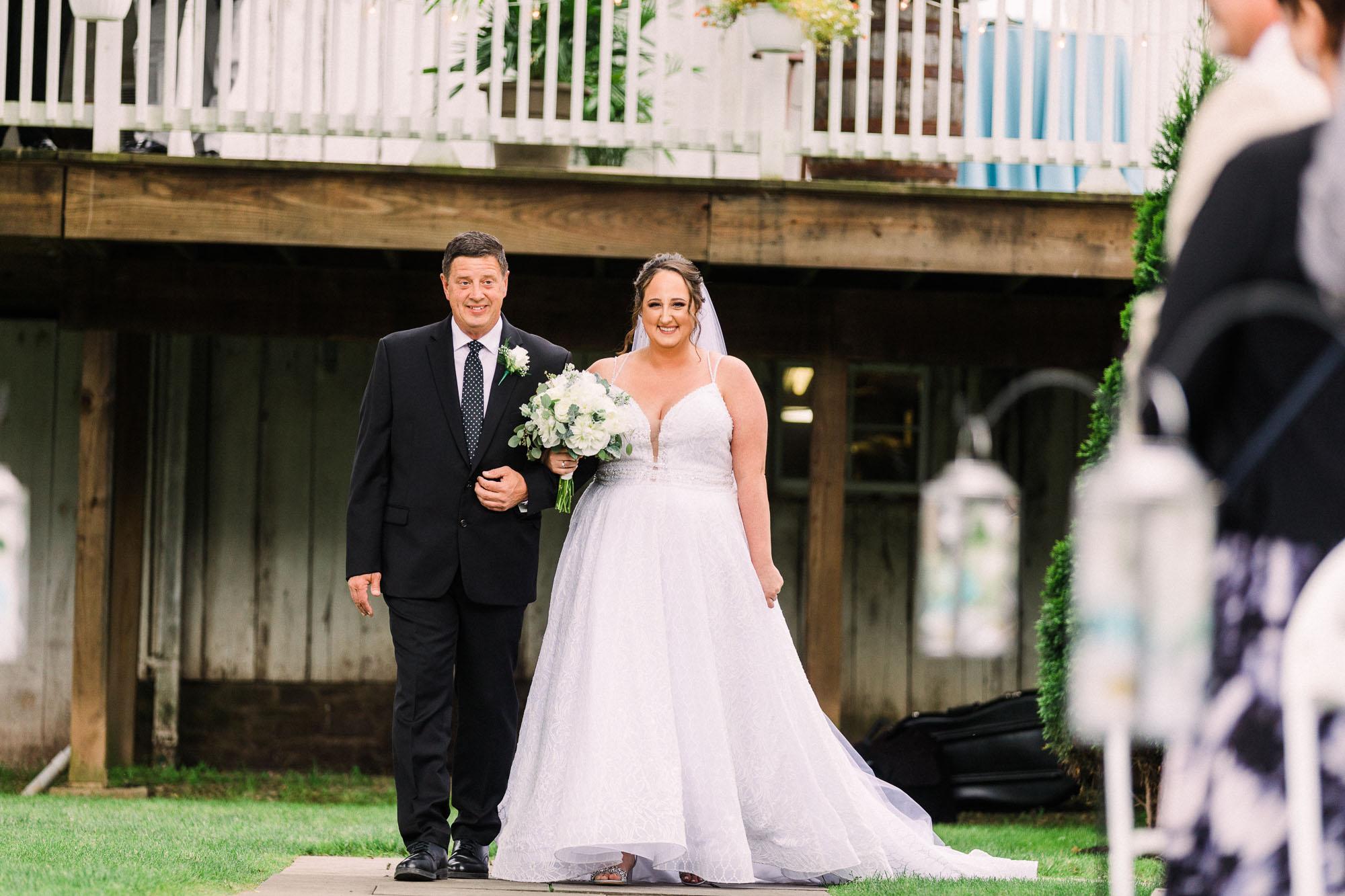 barn-at-boones-dam-wedding-4791.jpg