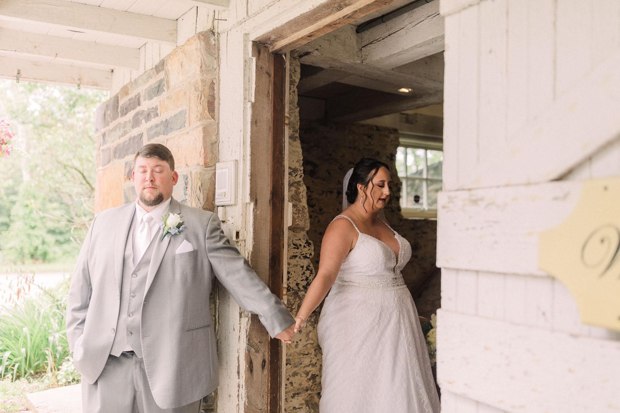 barn-at-boones-dam-wedding-0752.jpg