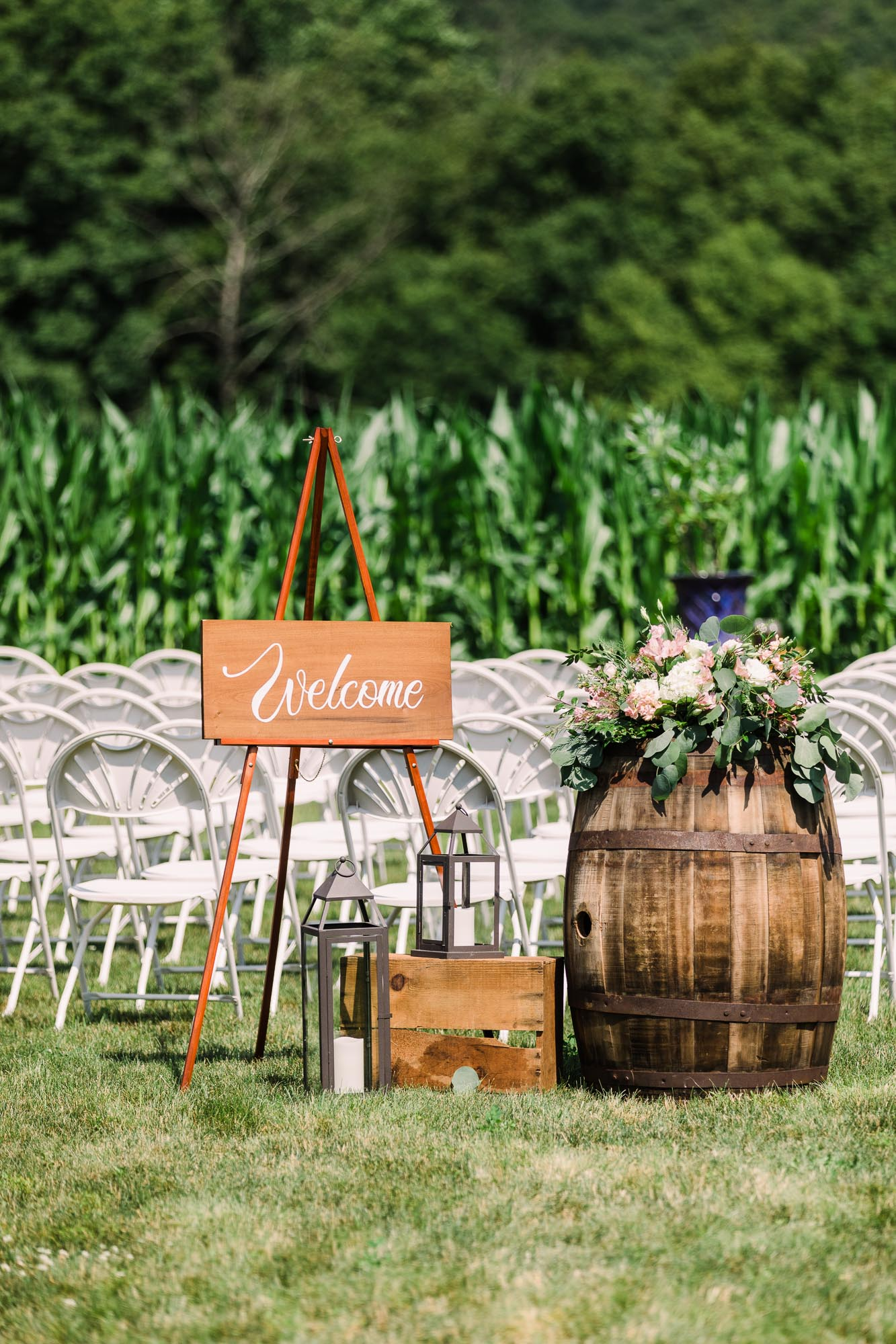 Muncy-backyard-farm-wedding-4655.jpg
