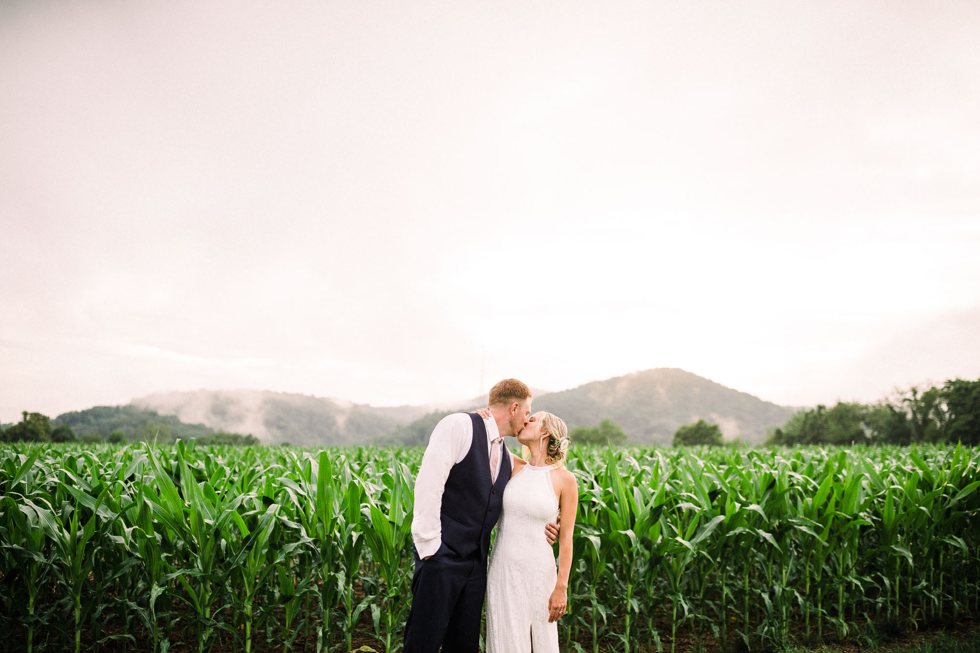 Muncy-backyard-farm-wedding-5468.jpg