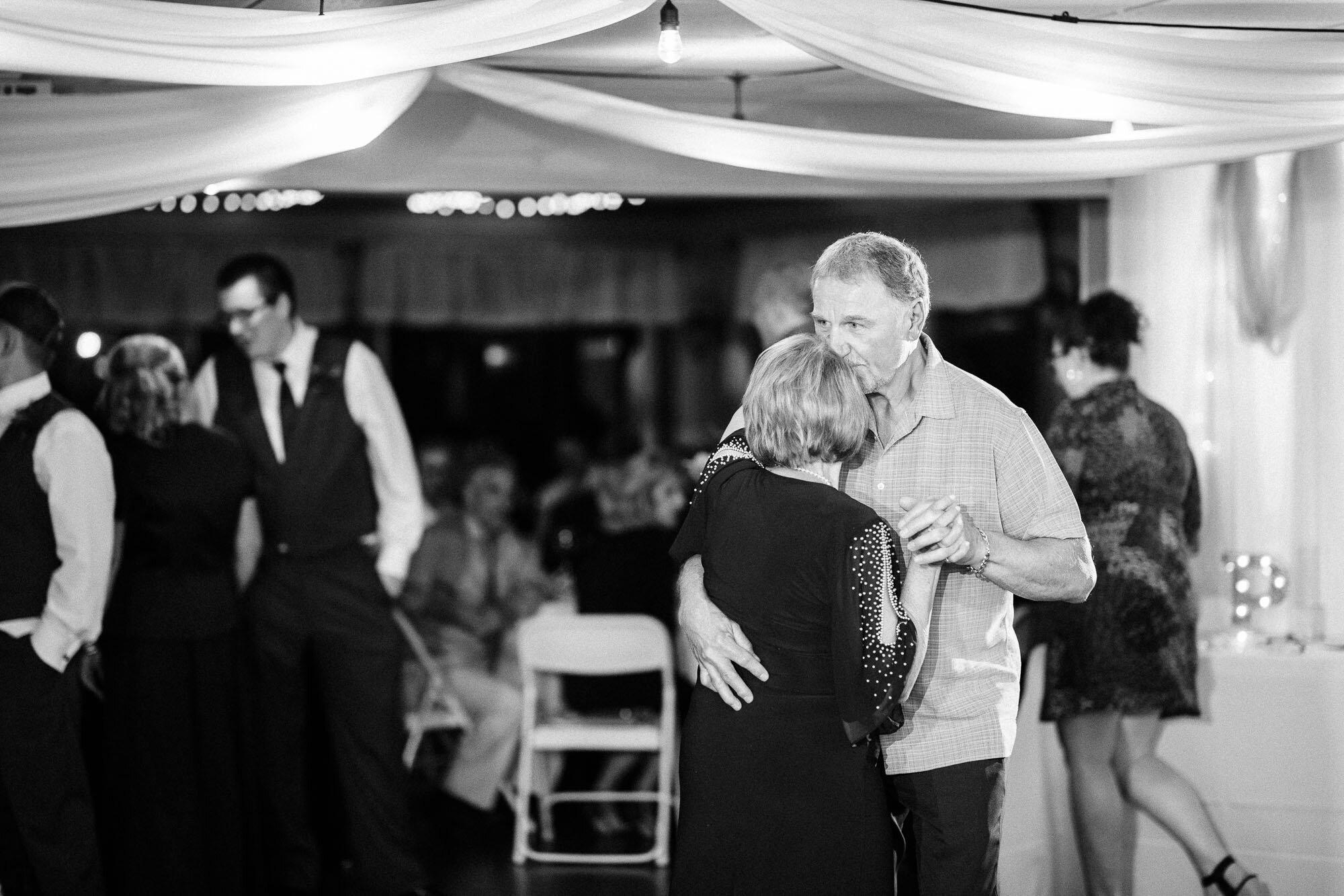 links-hemlock-creek-bloomsburg-wedding-6855.jpg