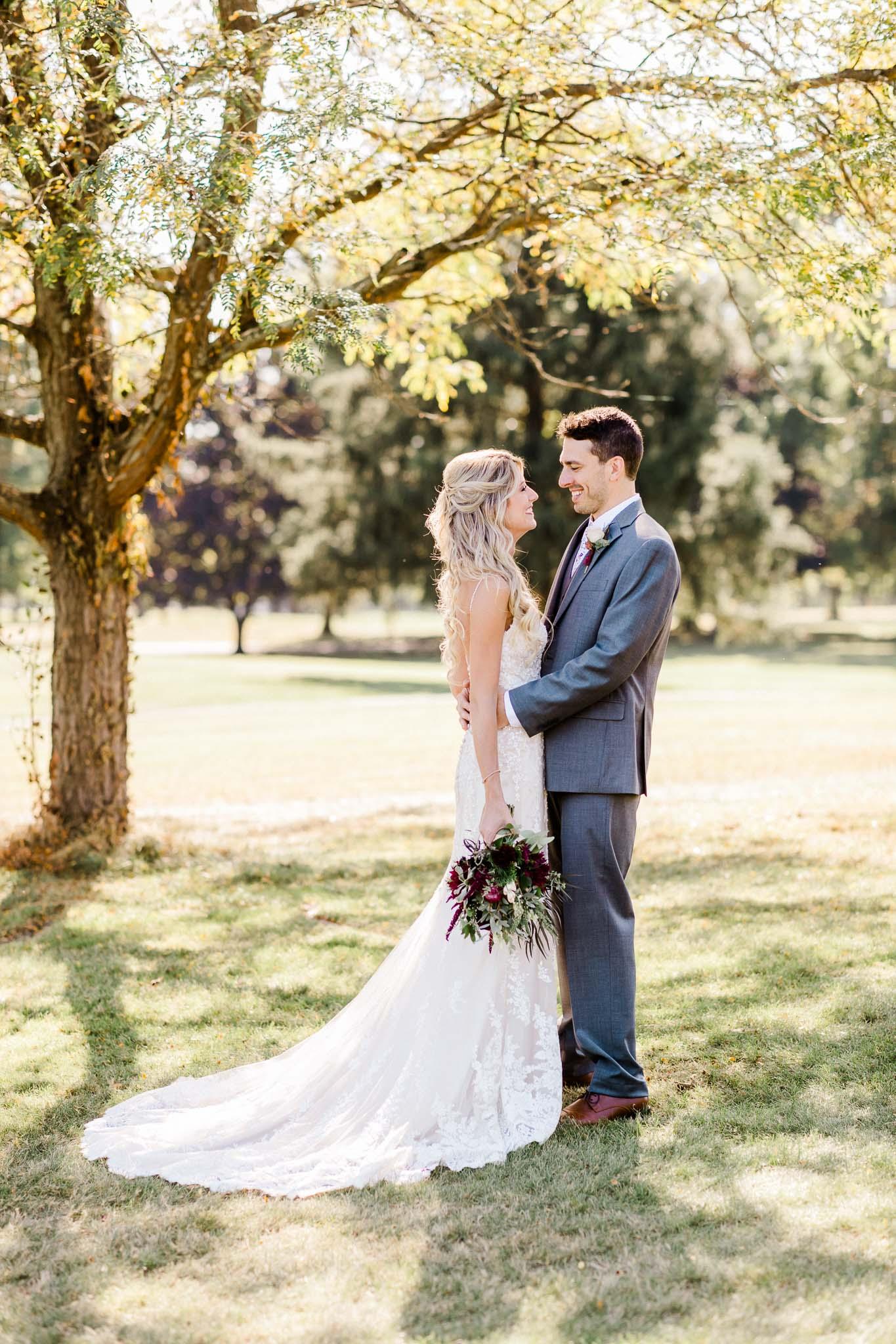 Frosty-Valley-September-Wedding-7465.jpg