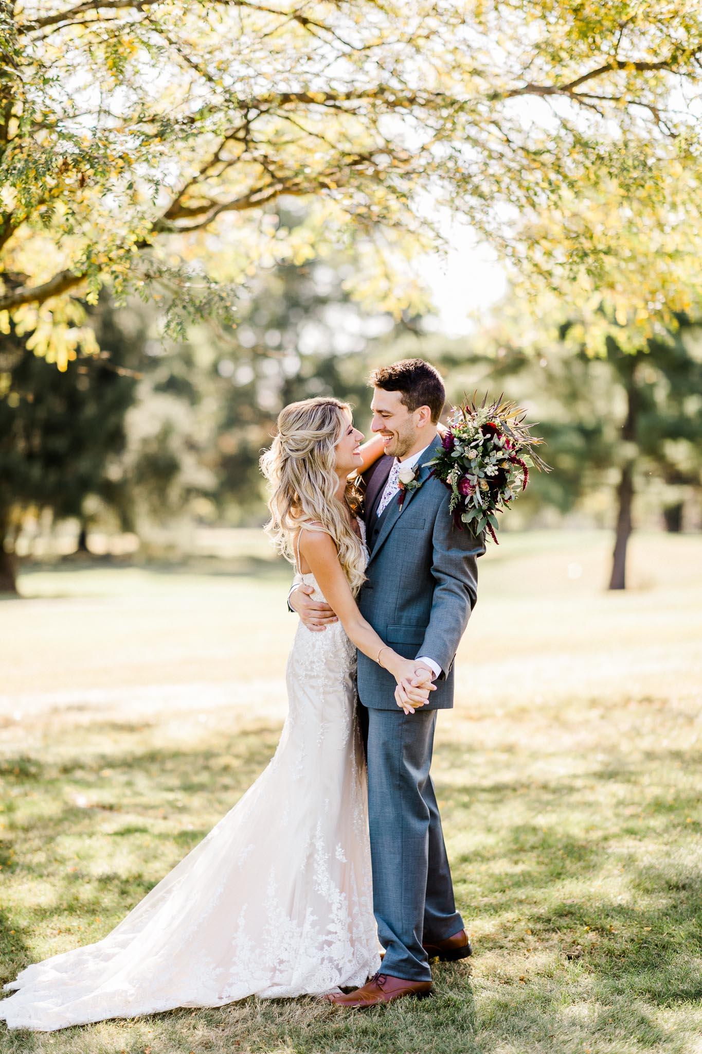 Frosty-Valley-September-Wedding-7512.jpg