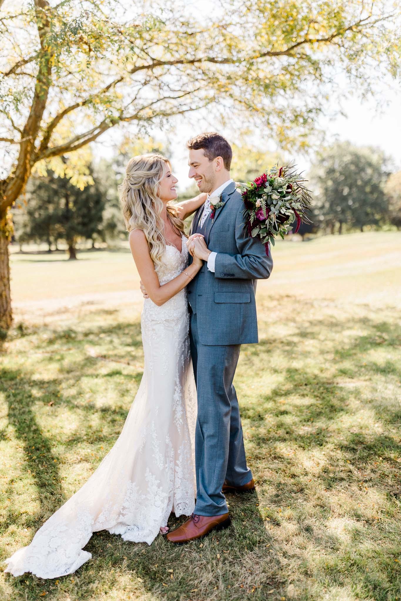 Frosty-Valley-September-Wedding-7626.jpg