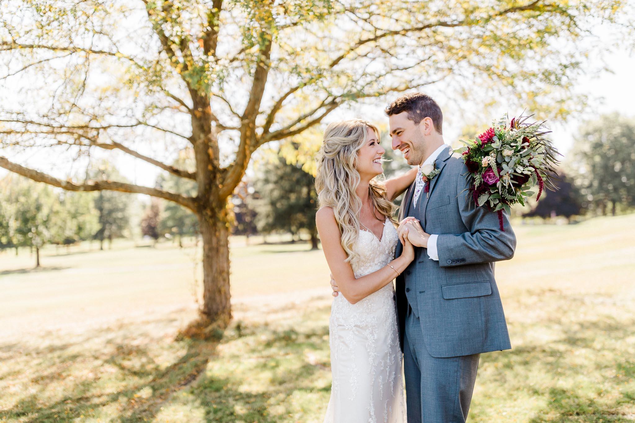 Frosty-Valley-September-Wedding-7628.jpg