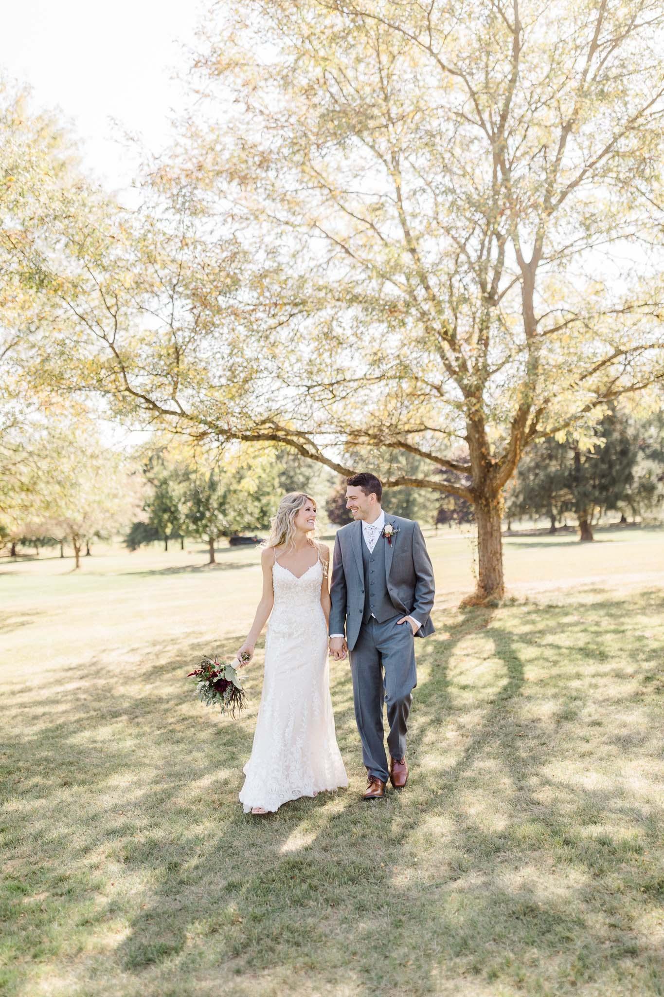 Frosty-Valley-September-Wedding-7660.jpg