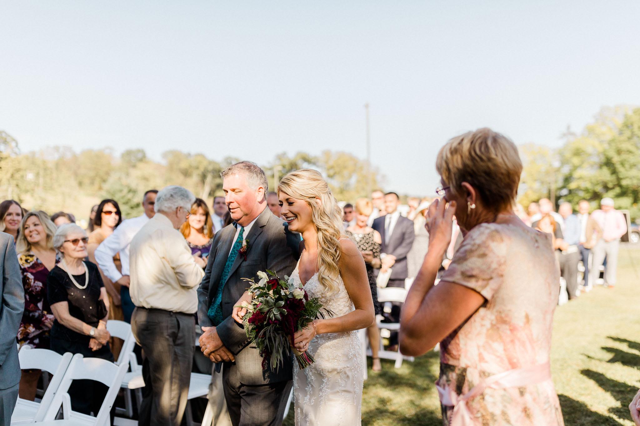 Frosty-Valley-September-Wedding-7748.jpg