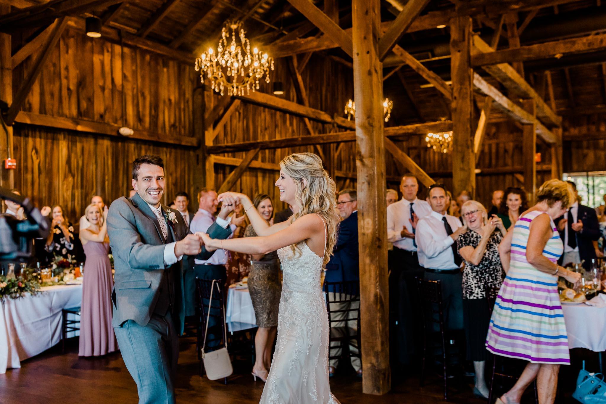 Frosty-Valley-September-Wedding-8052.jpg